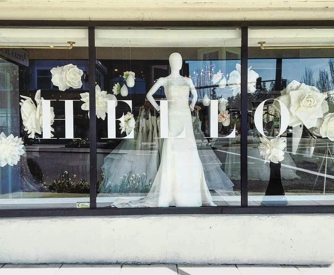 Annasbridal.com    Portland Bridal Shop   Oregon Wedding Dresses