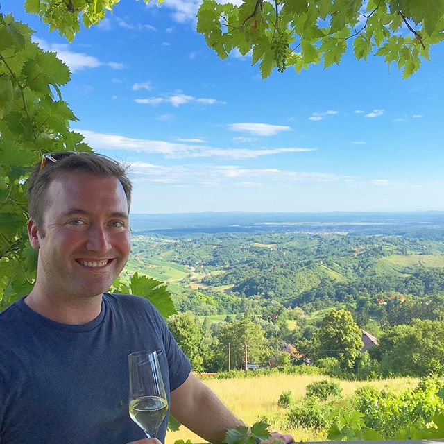 The view from @ivancic_griffin's vineyards in Pleševica, just outside of Zagreb, are some of the best in Croatia, if you ask us! Add in a glass of Krešimir's incredible Griffin Zero, a zero dosage, cryo-fermented sparkler, and you've got yourself a bucket list moment in the making. 🥂 🇭🇷 . . . . . #views #vista #plesevica #croatia #unlimitedcroatia #croatiafulloflife #winery #vineyard #winetasting #winetime #winelover #bubbly #sparklingwine #croatianwine #cheers #winetravel