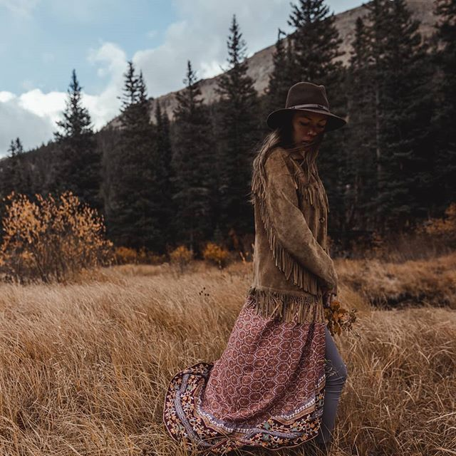 One last glance back at autumn, a chance to begin again is just around the corner. . . . Magic with @kelseangel #colorado #sonyalpha #alphafemale #alphacollective
