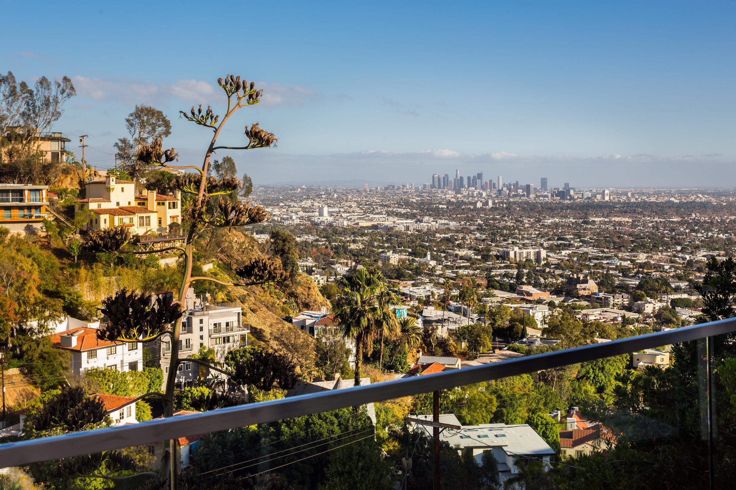 8509 Hollywood Blvd38.jpg