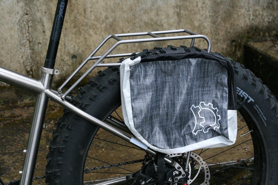 TCF-hardware-rack-rear-fatbike-titanium-Seven (3).JPG