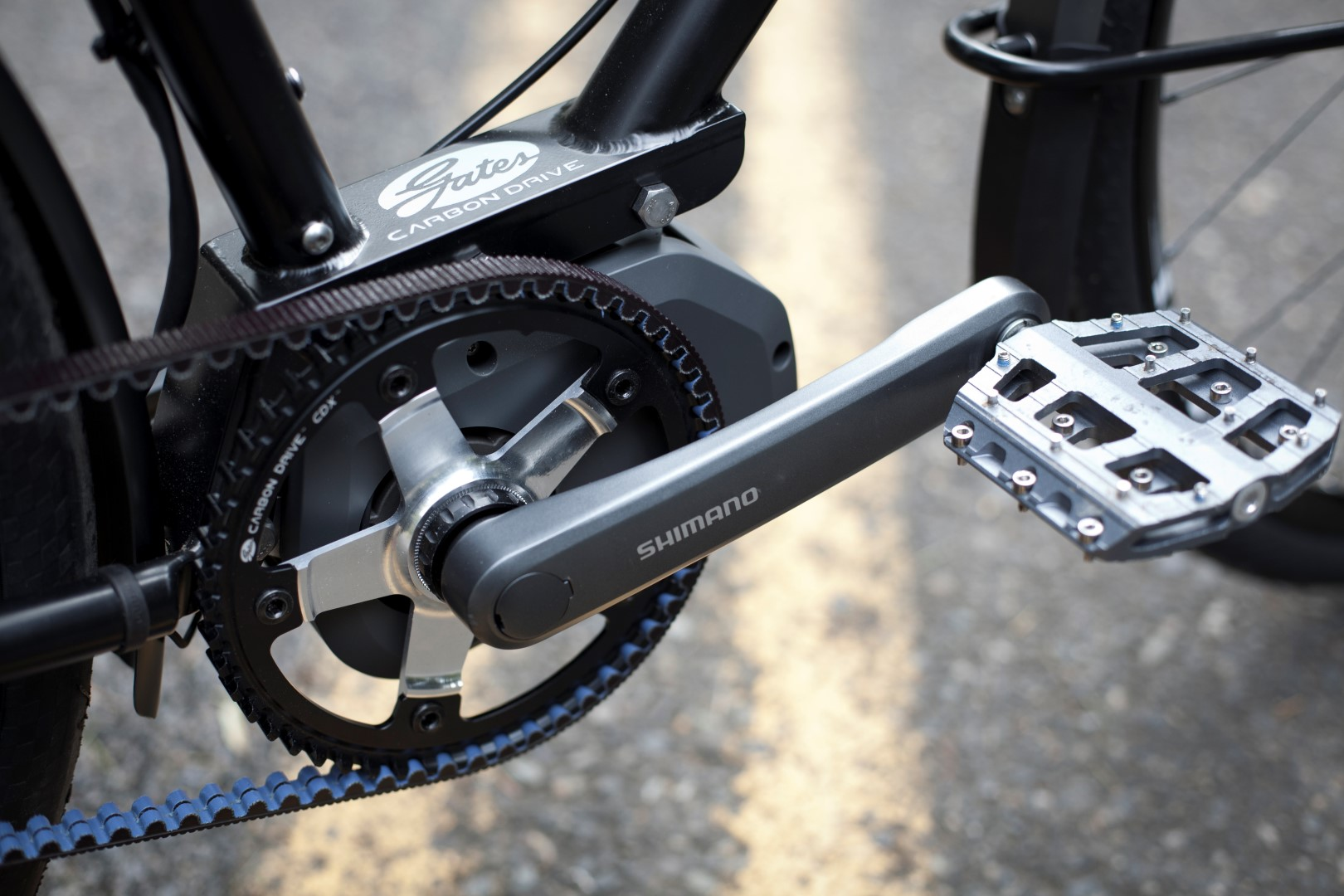 Blacked Out  Rando/City  bike with Shimano STePS drive