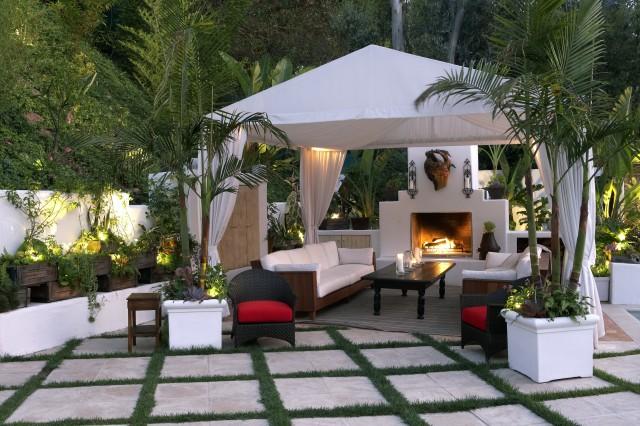 eclectic-patio.jpg