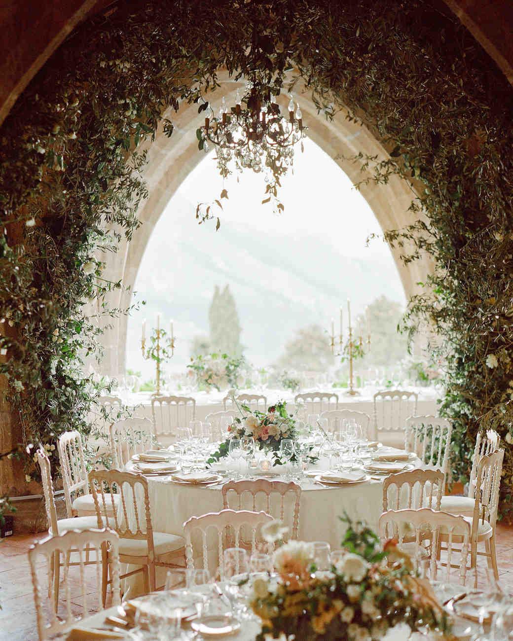 lisa-greg-italy-wedding-reception-table-103312986_vert.jpg