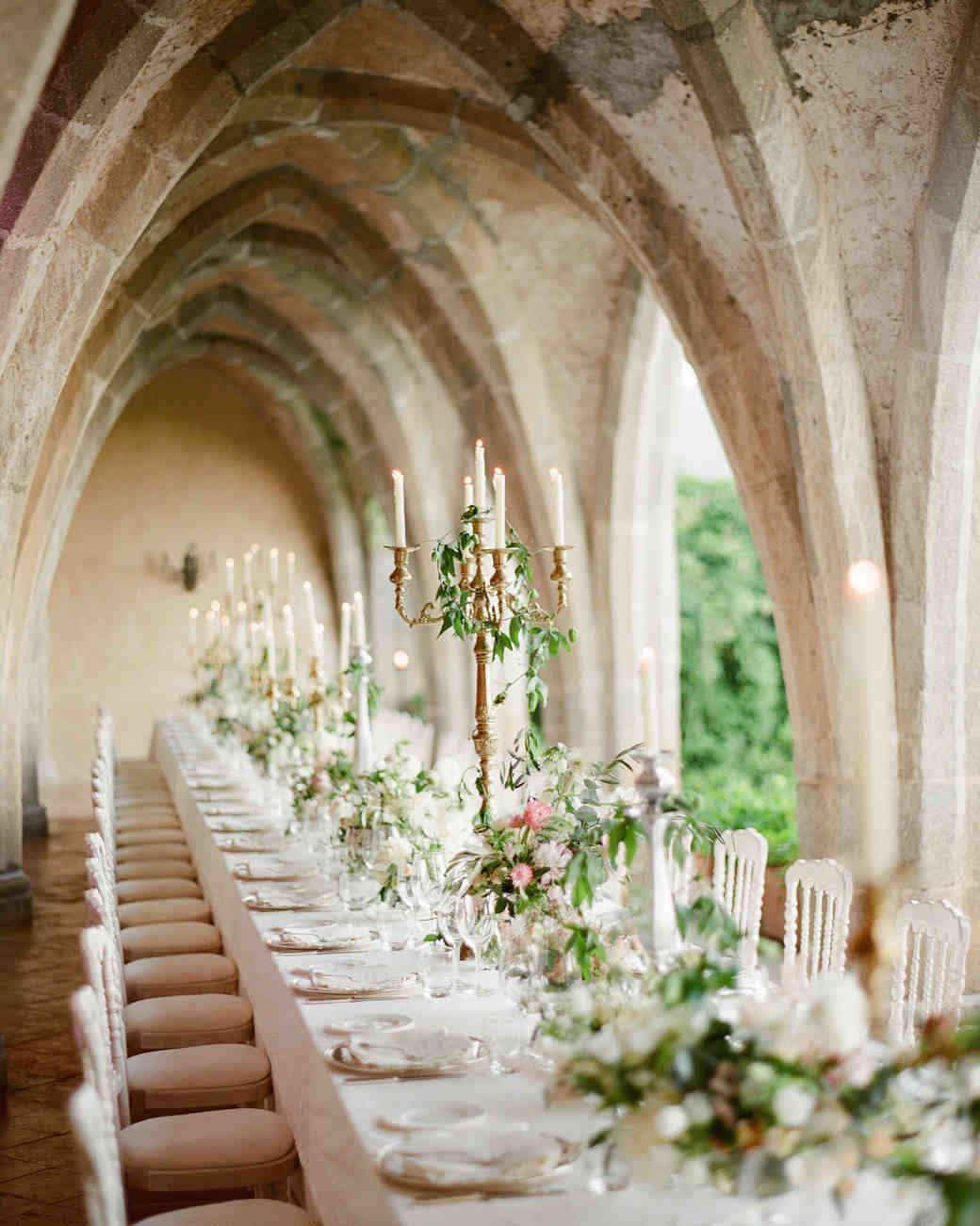 lisa-greg-italy-wedding-table-103312971_vert.jpg