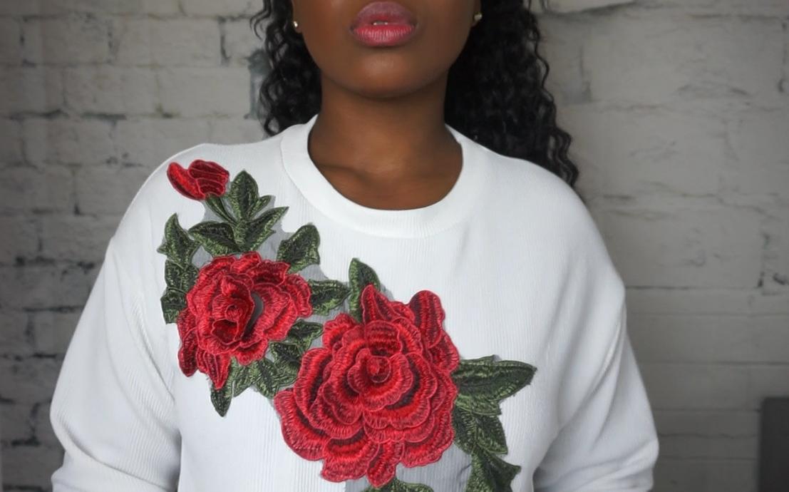 ROSES IN BOOM. -