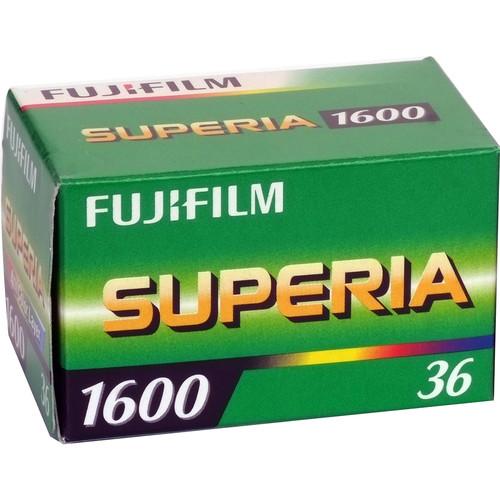 Fujifilm_CU_135_36_Fujicolor_Superia_1528733366000_18535.jpg