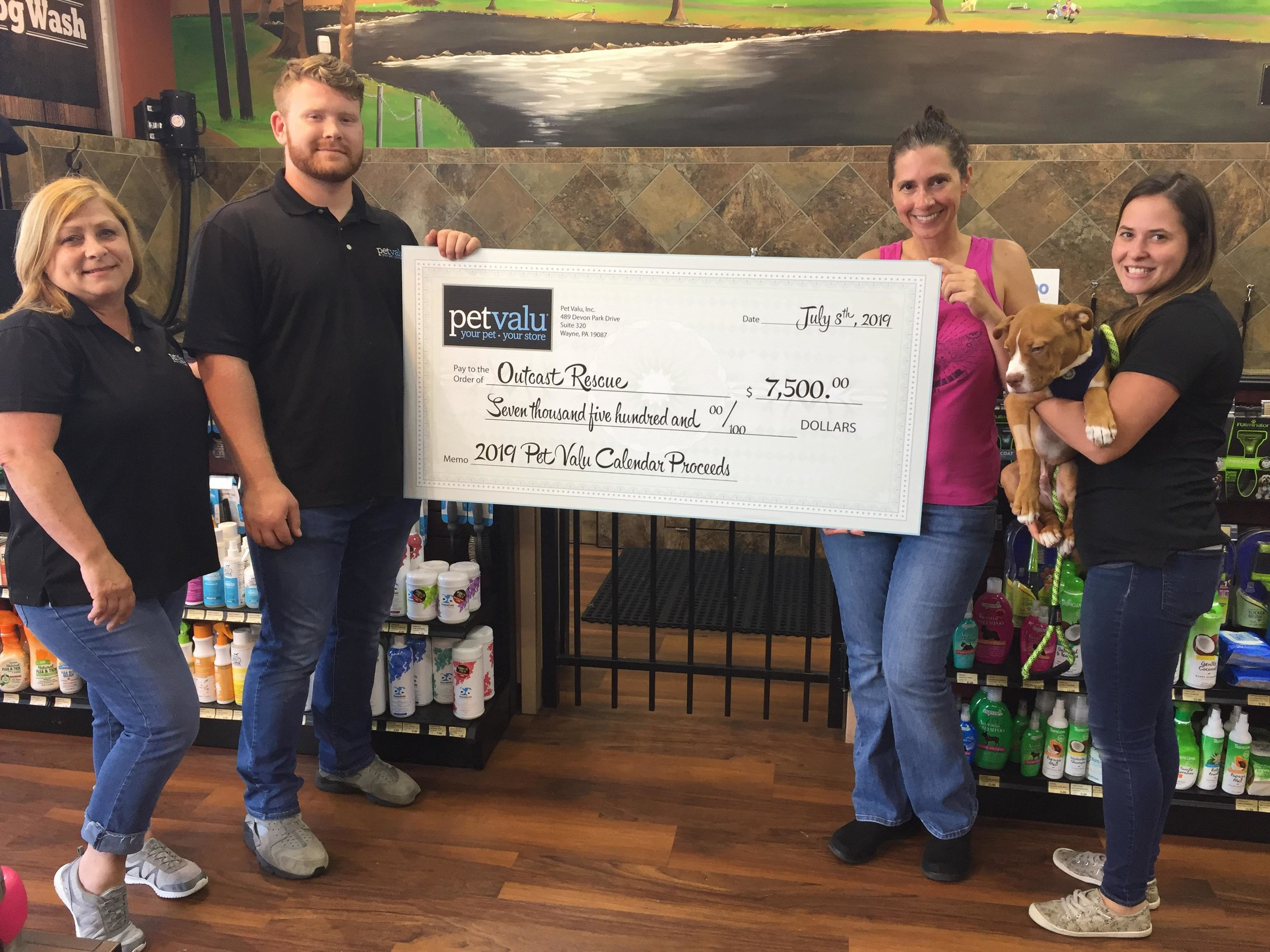 Thank you PetValu for supporting Outcast Rescue!