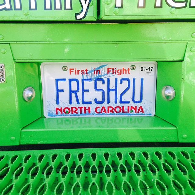 The fresh truck is headed to the woodlawn neighborhood right off Leesville rd in Raleigh tonight 5:30-7pm #freshthetruck #freshlocalicecream #woodlawnpool