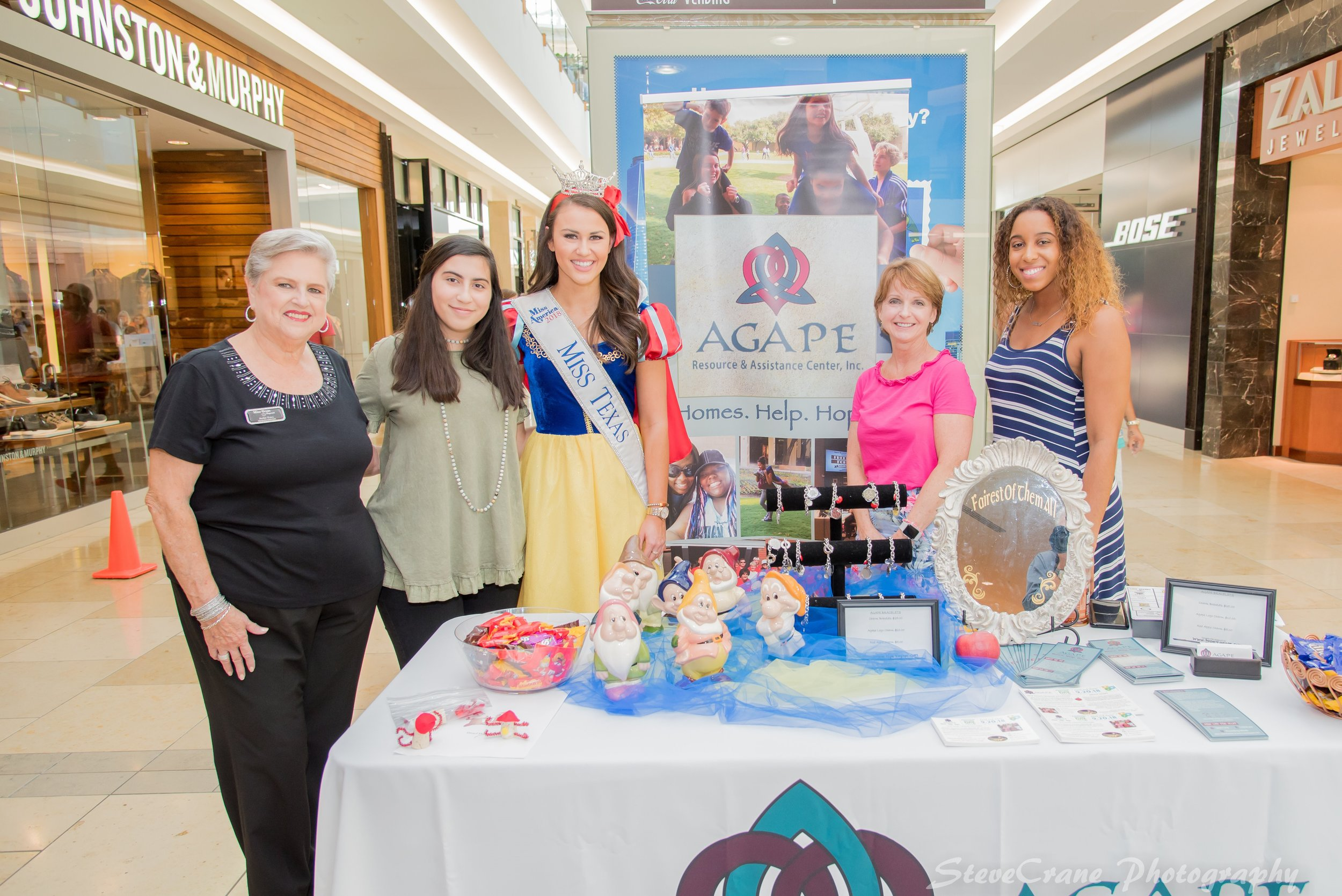 From left to right: Jackie Estes (Miss Texas' Handler), Raneem Abuajazr (Agape Caregiver), Madison Fuller (Miss Texas), Rev. Janet Collinsworth (Agape Founder & Executive Director), Ayra Springs-Foster (Agape Communications/Special Events Coordinator).