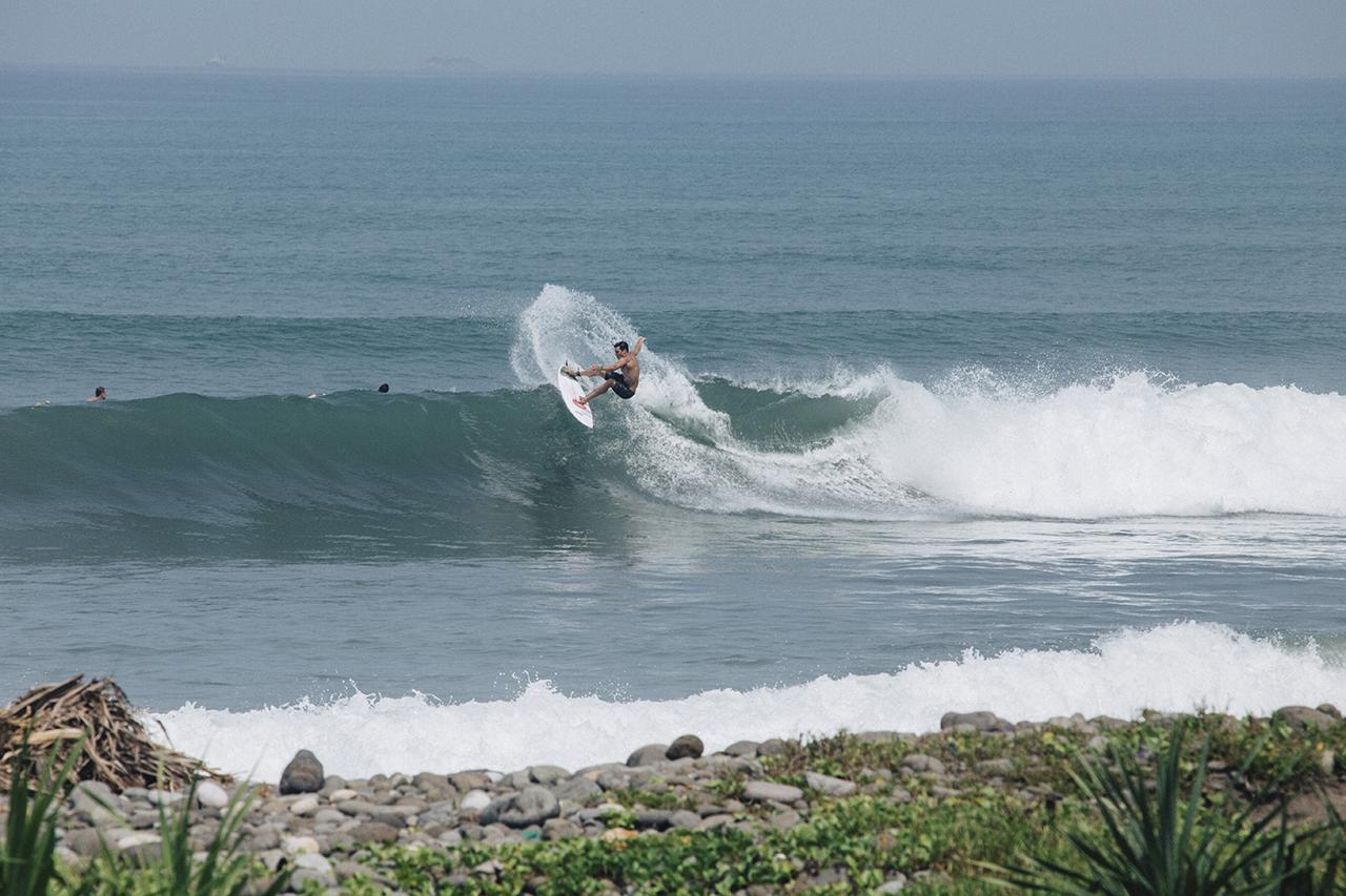 CaptainBarto-CaptainBartoBlog-TerimaKasih-Surfing-@captainbarto-071116-11.jpeg