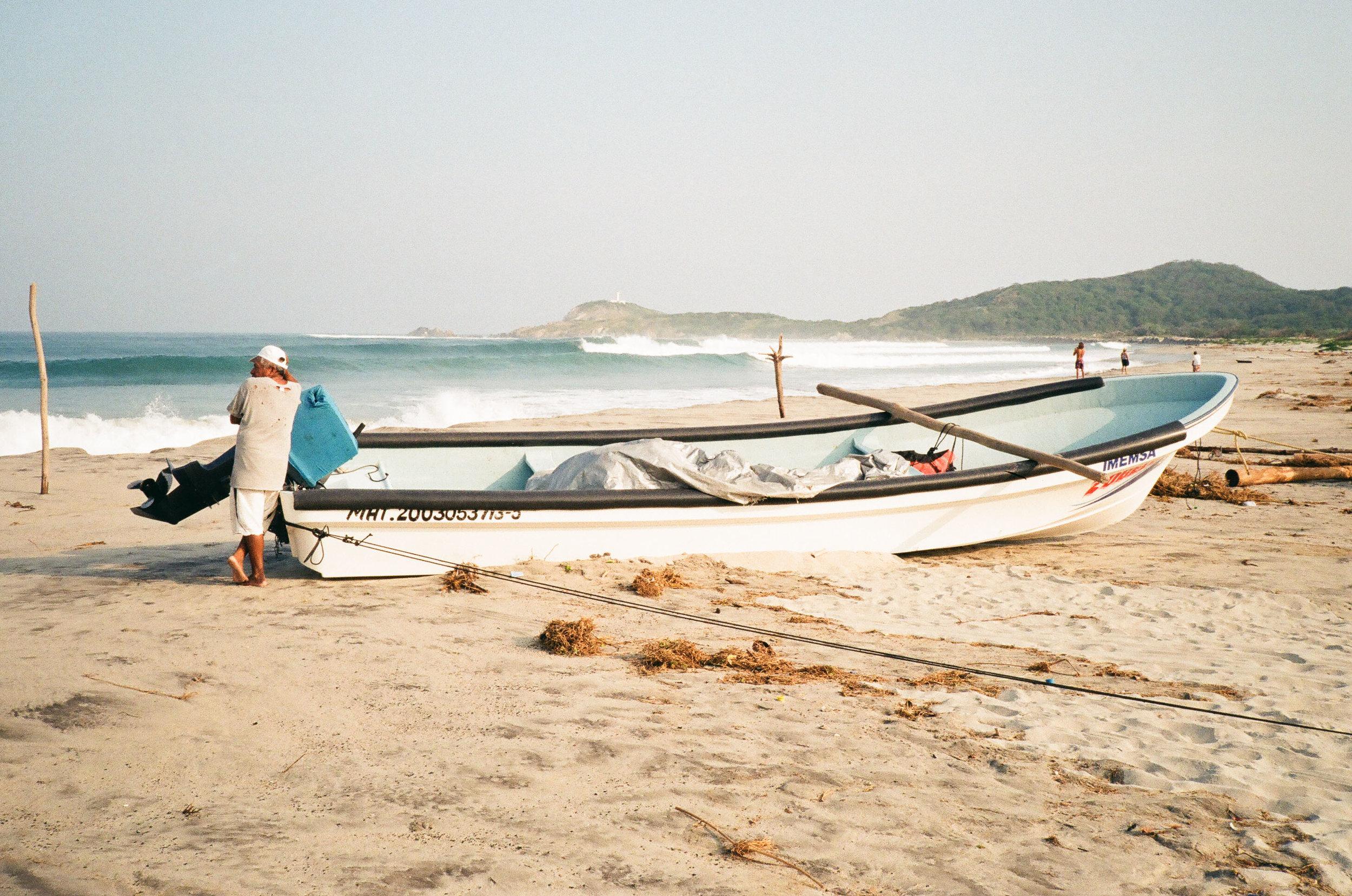 captainbarto-blog-adambartoshesky-model-nautica-client-mexico-surf-trip-mexican-mirage-september-2018-1944.jpg