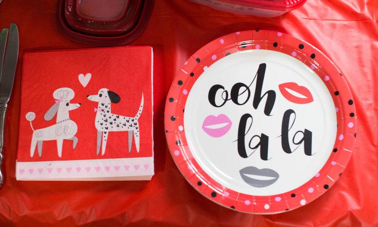 Valentine's+Day+Chic+Decor.jpg