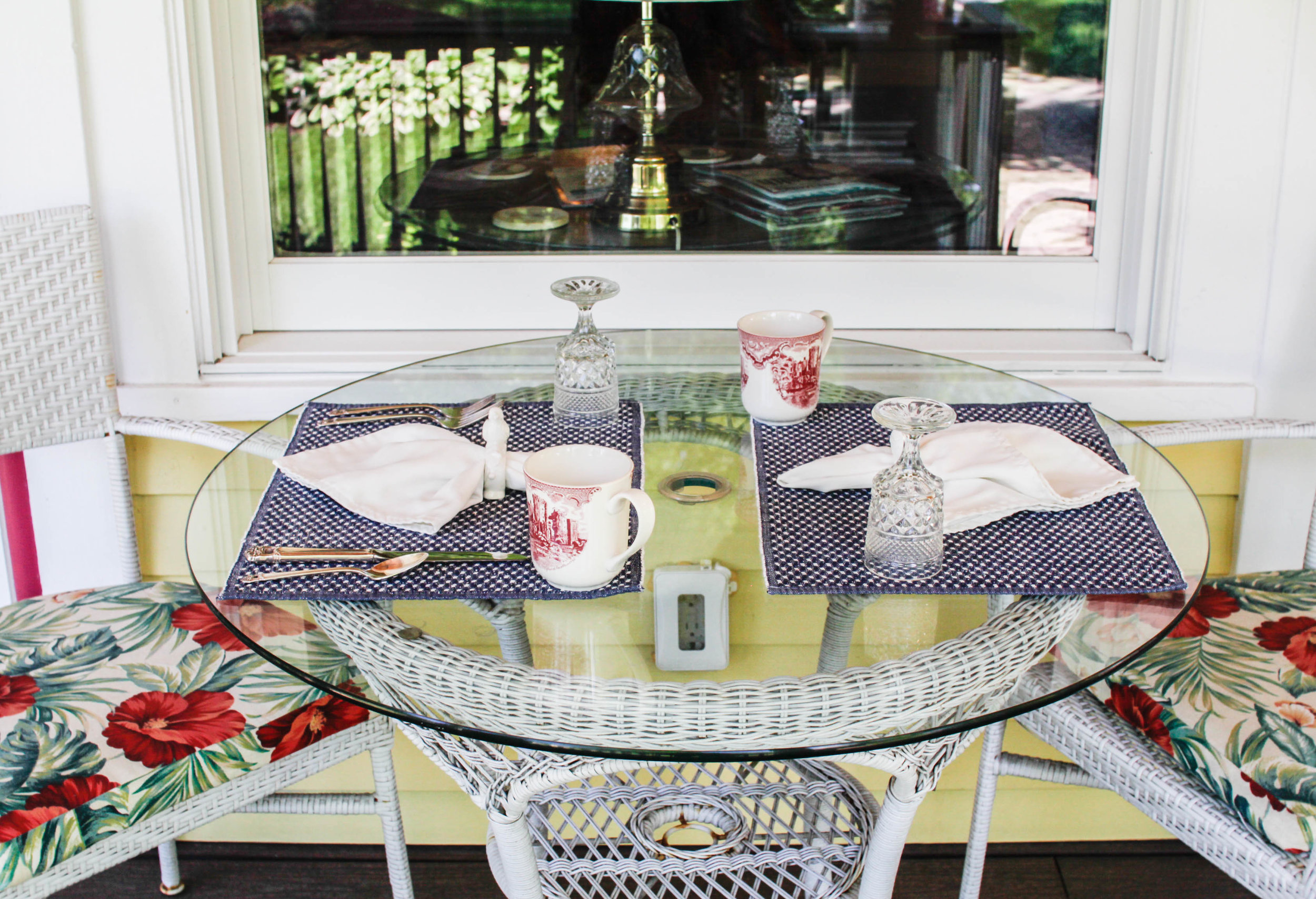 Victorian Outdoor Eating Area