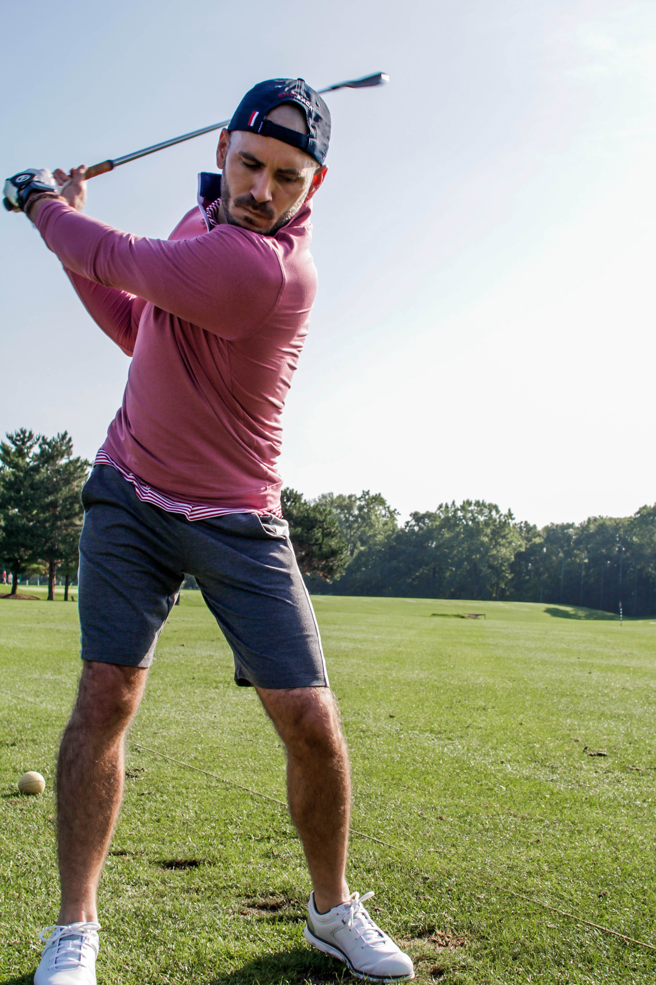 Golfing Guide For Men and What To Wear On and Off The Tee This Season