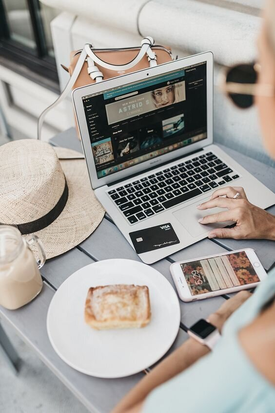 How To Do A Digital Detox Without Going Off The Grid