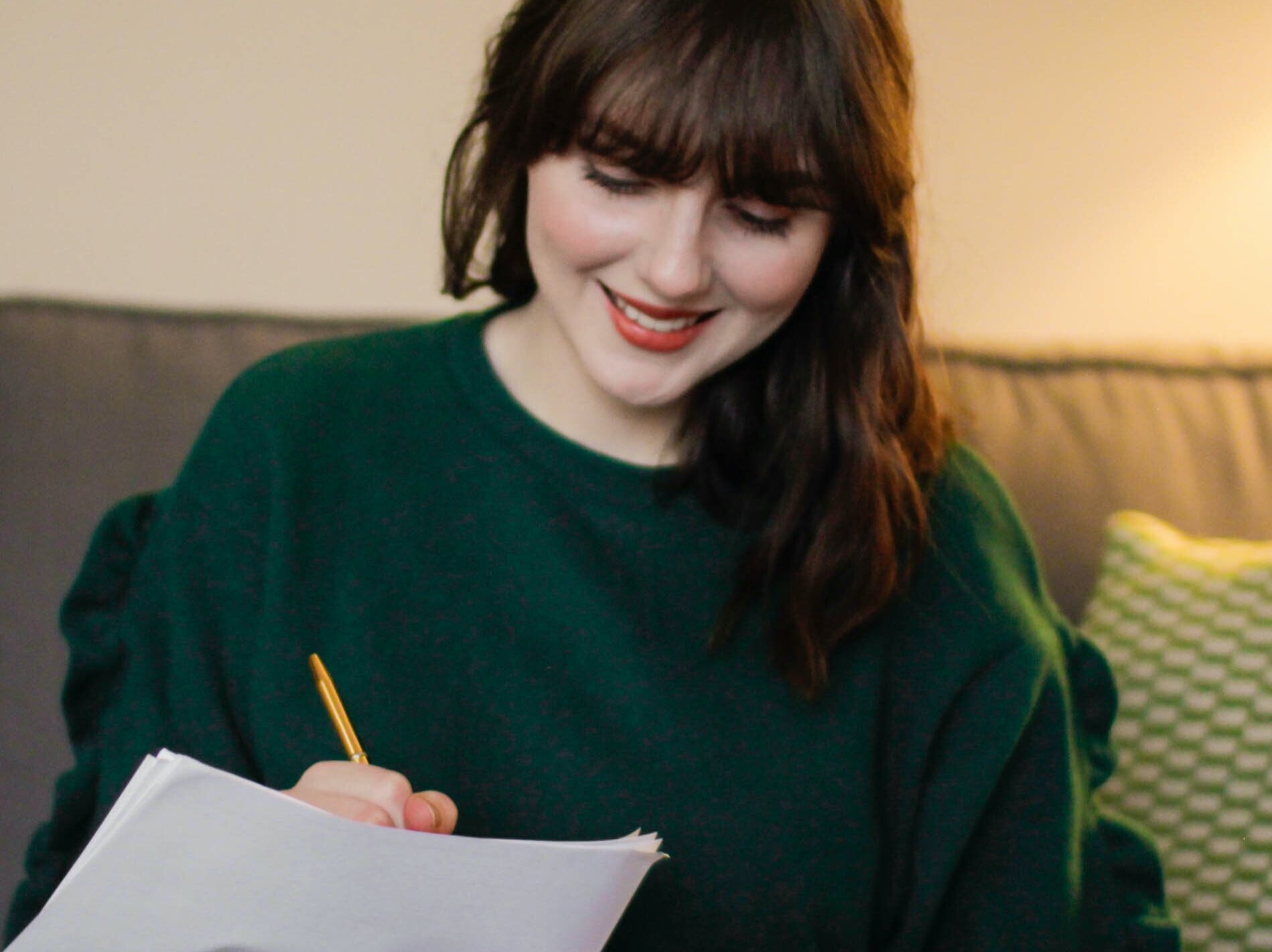 New Year Journaling Prompts For Goal Setting and Resolutions You Can Stick With All Year In 2021