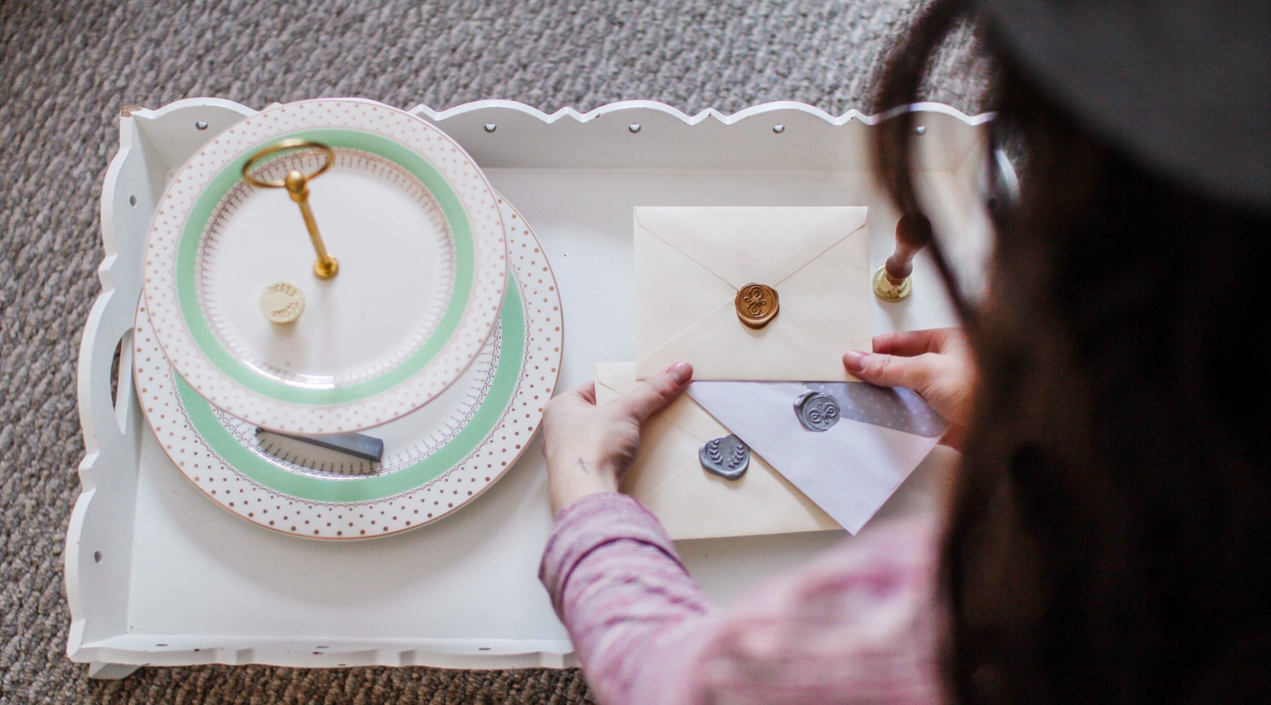 How to send letters with a wax seal