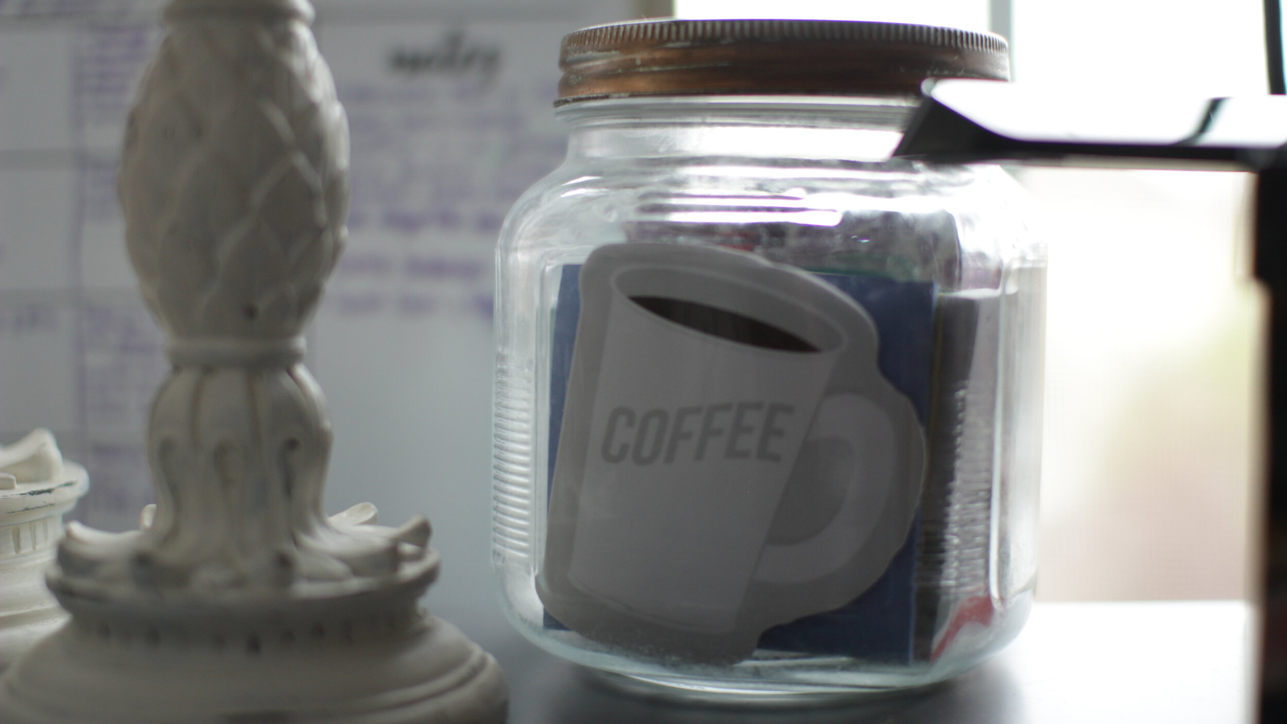 Cute ways to store office supplies