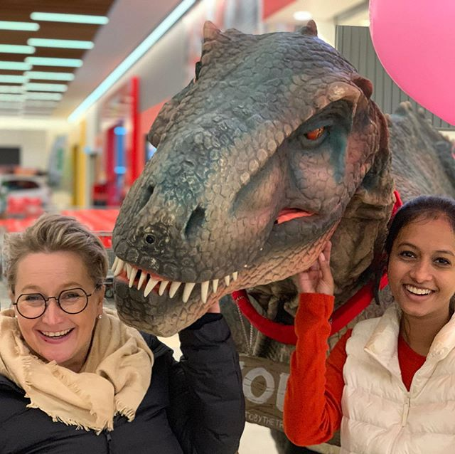 Meanwhile on the #morningtonpeninsula ... Brand Ambassador Tamara and MD T are walking with #dinosaurs. Meet #TobytheTRex today at Home Co. Mornington. #smile #lovewhatyoudo #event #openingday #marketingagency #morningtonpeninsula