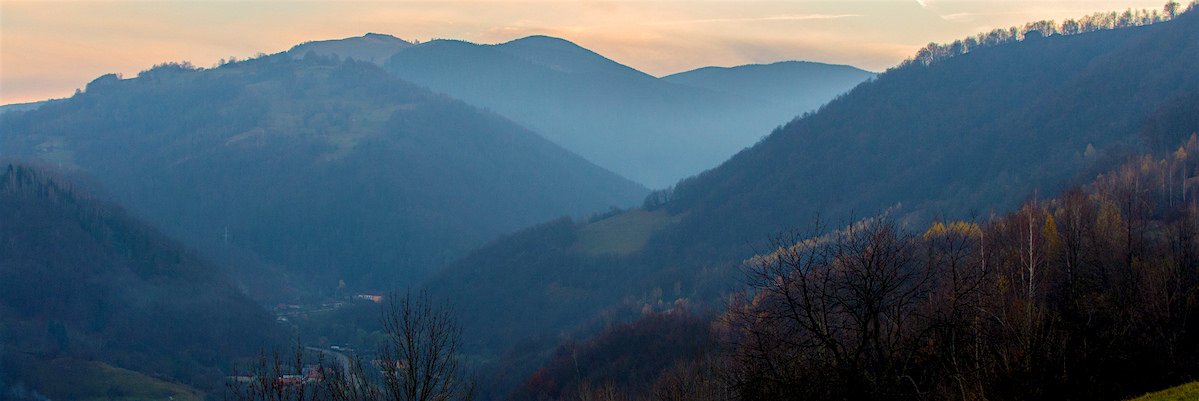 The northern side of Apuseni mountains (copyright:  creative commons )