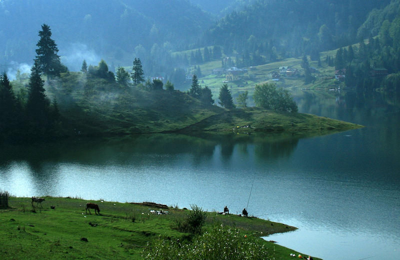 Colibita Lake in the Land of Nasaud (copyright:  creative commons )
