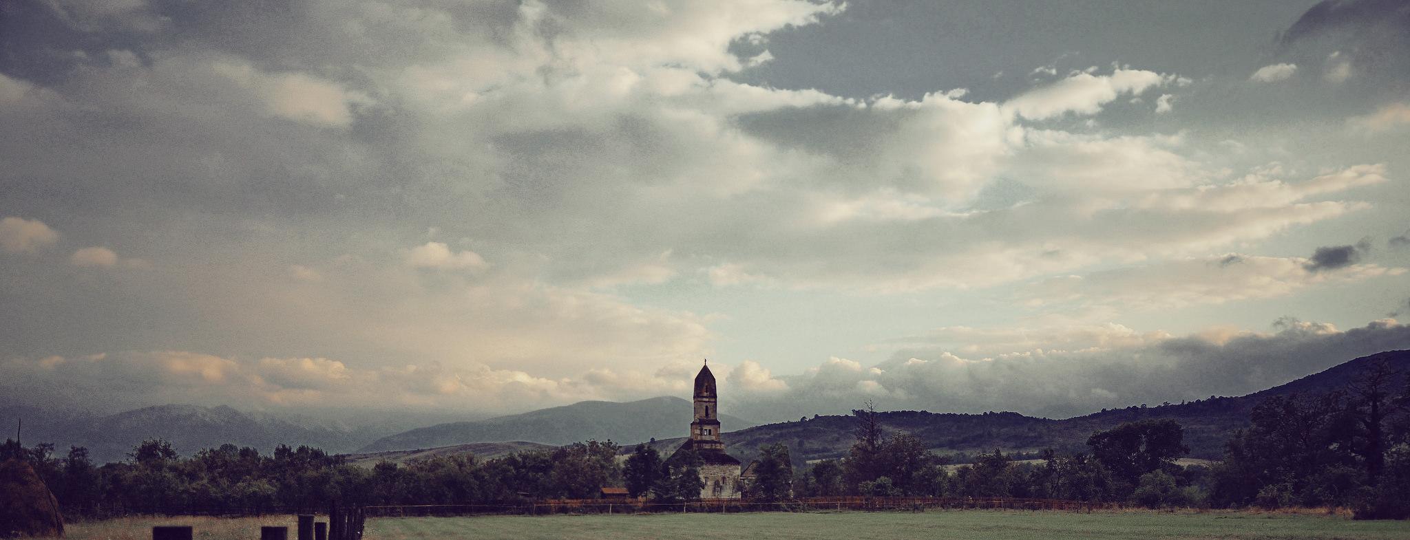 Densuș Church (St Nicholas), Hunedoara County (copyright:  creative commons )