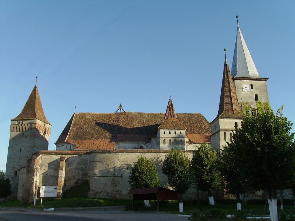 The Mosna Fortified Church (copyright:  creative commons )