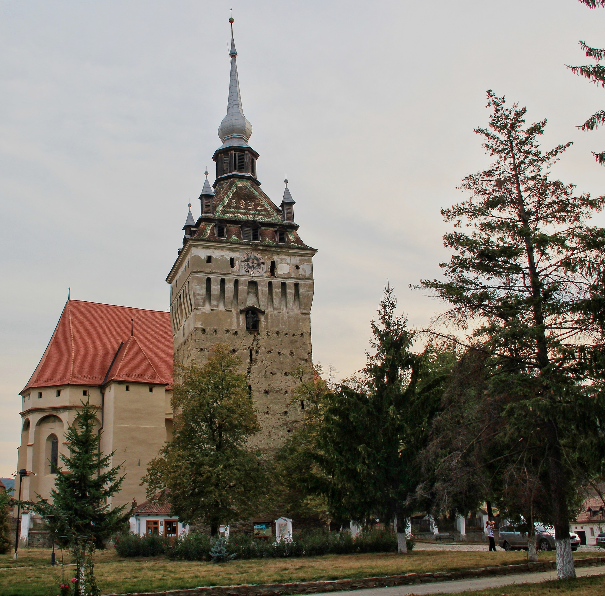 The Saschiz Fortified Church (copyright:  creative commons )