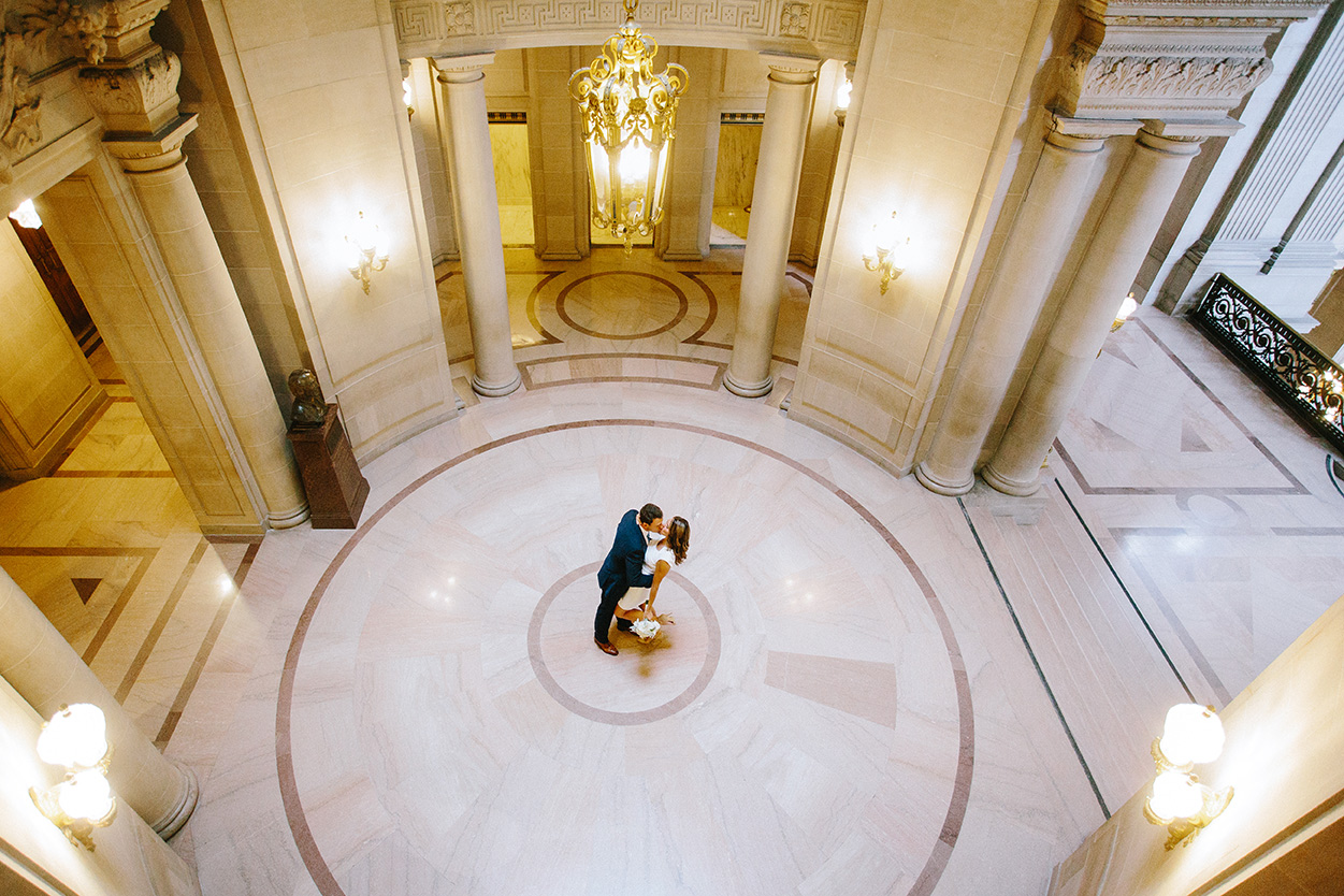 The classic rotunda, where most civil ceremonies take place.