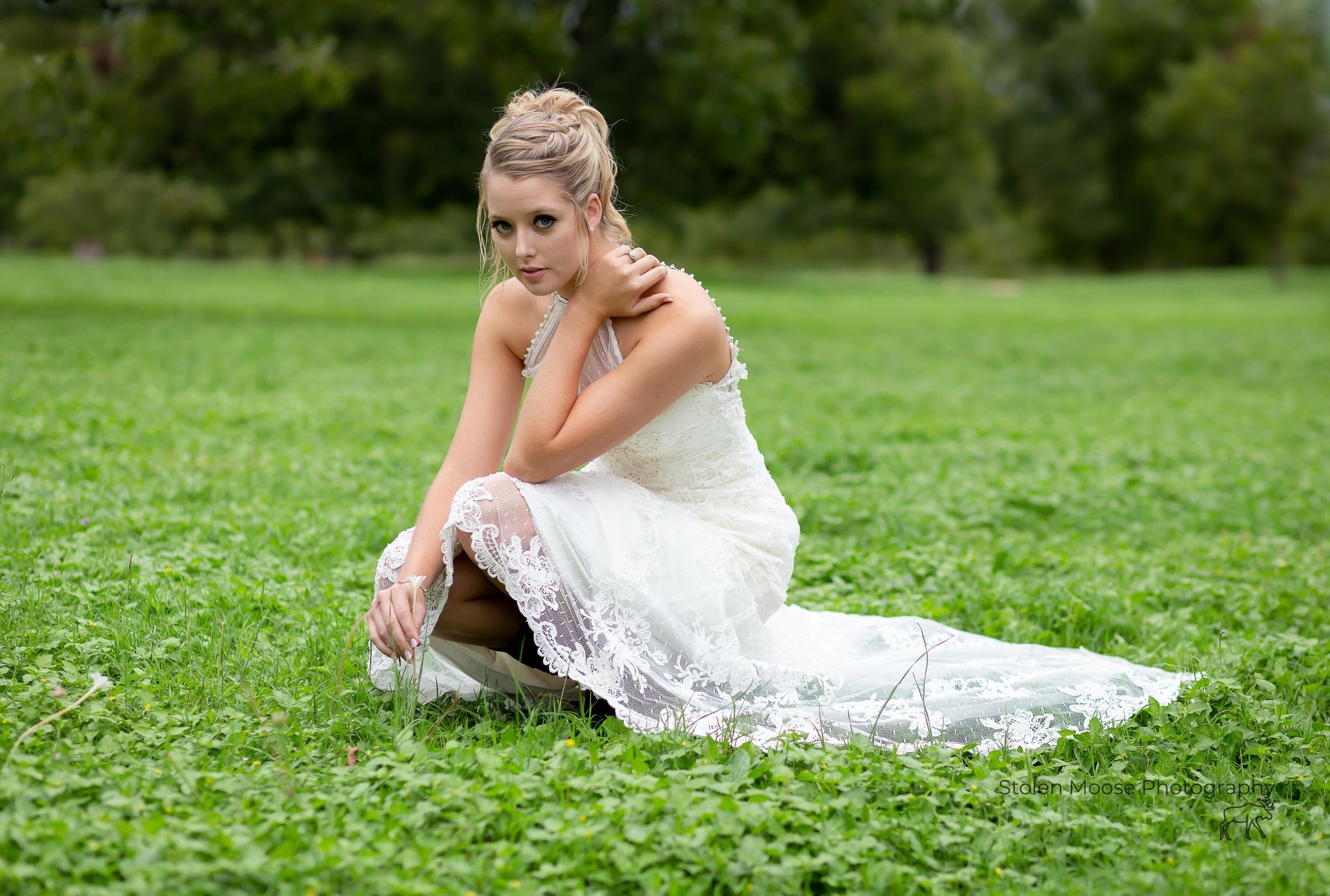 Jewel Hale Bridal Pic