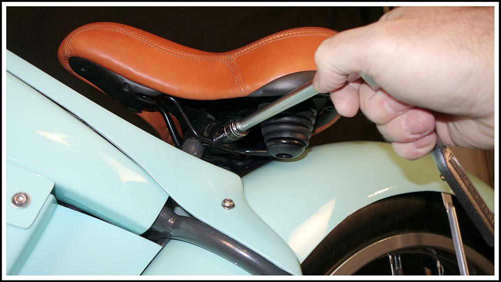001 Remove Seat.jpg
