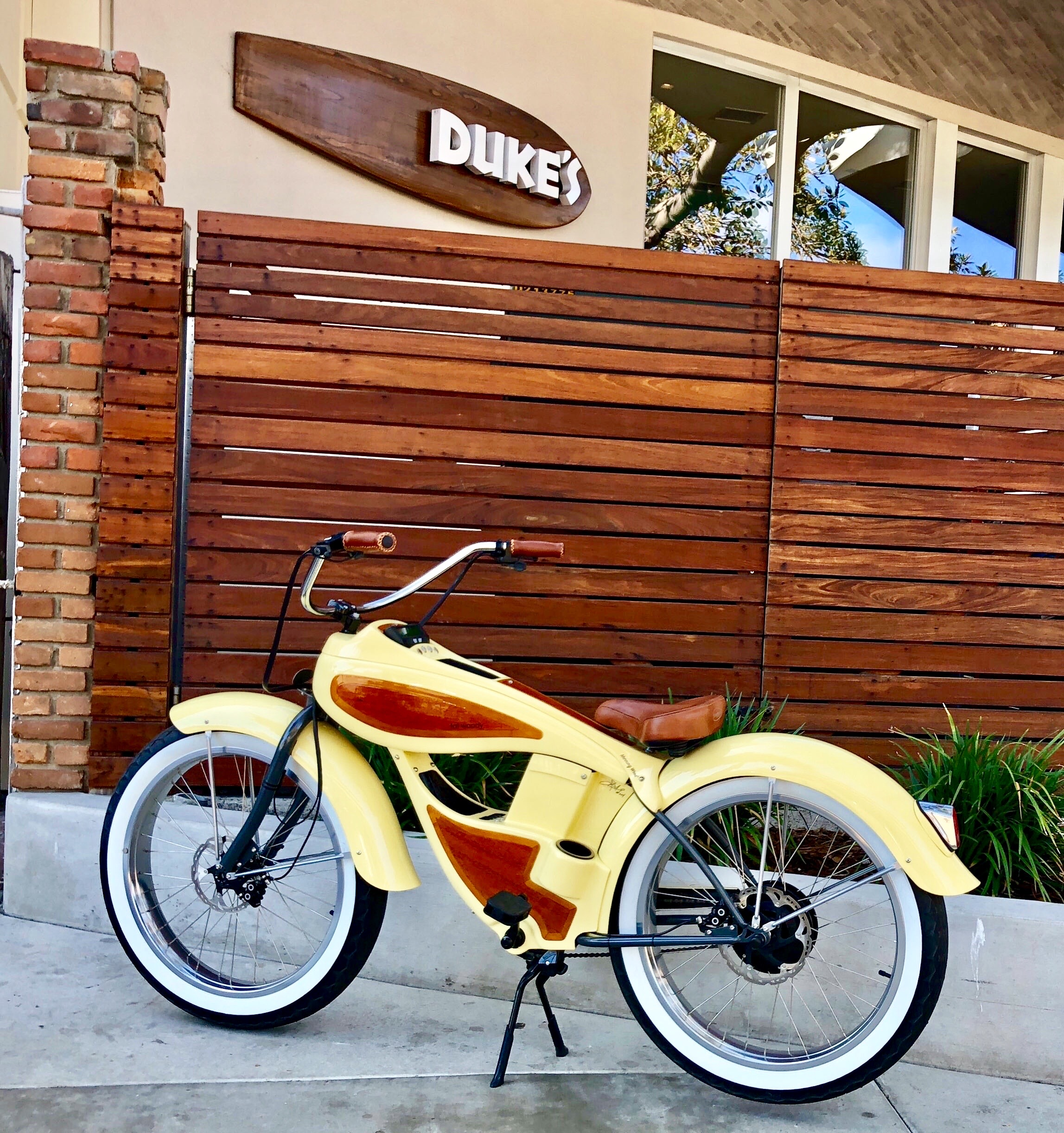 Fat Woody beach cruisers are a finely crafted coastal cruiser for street & beach.