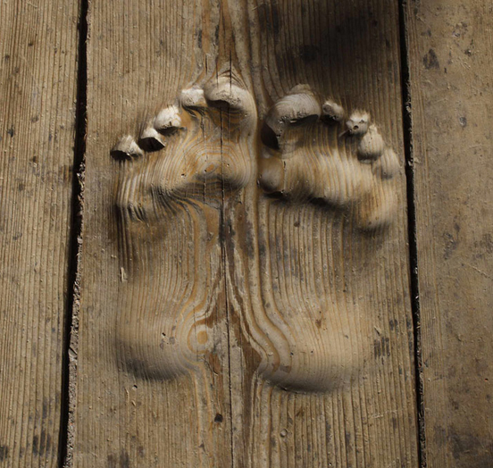 huachi_footprints_01.jpg