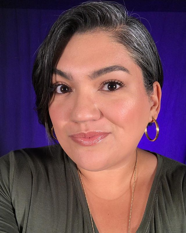 Sometimes, I get the fun job of being in front of the camera at our church for announcement reels. I like to keep my look light and even, so while I am studio-light ready, I still look professional and relatable to our congregation. *this is not the time for glam😂* . . . . #makeup #studiomakeup #videomakeup #mua #honestbeauty #rcma #glossier #tartecosmetics #tartletteinbloom #noedits