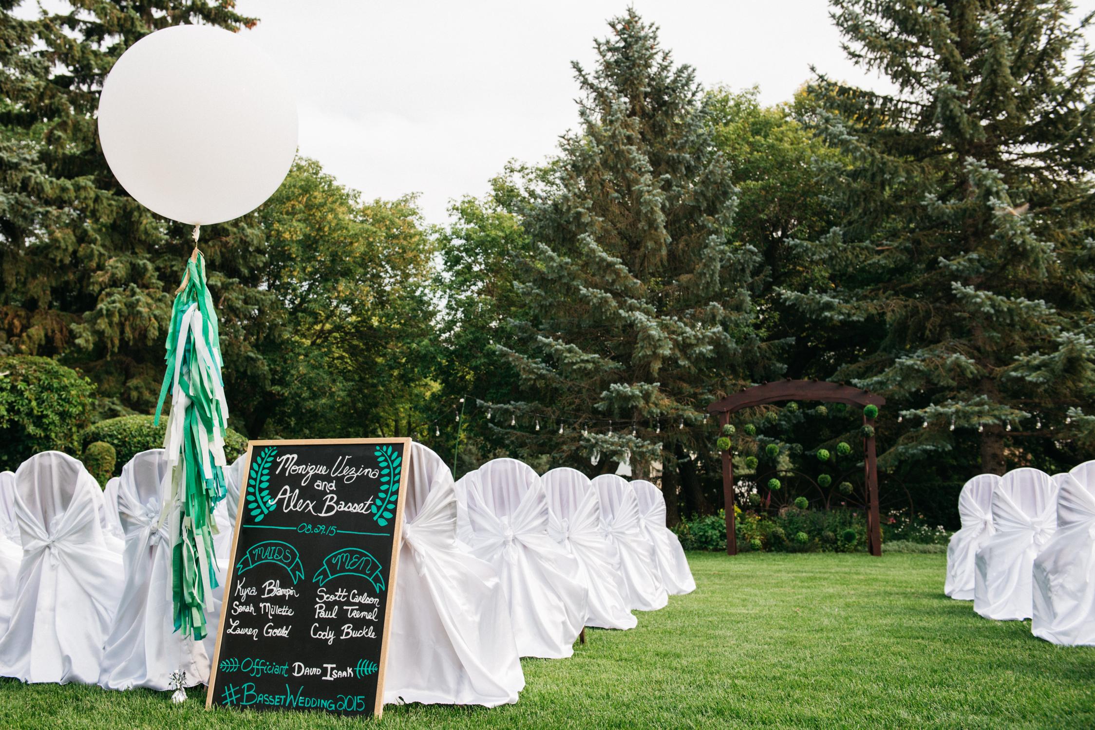 038_saskatoon_saskatchewan_small_town_wedding.jpg