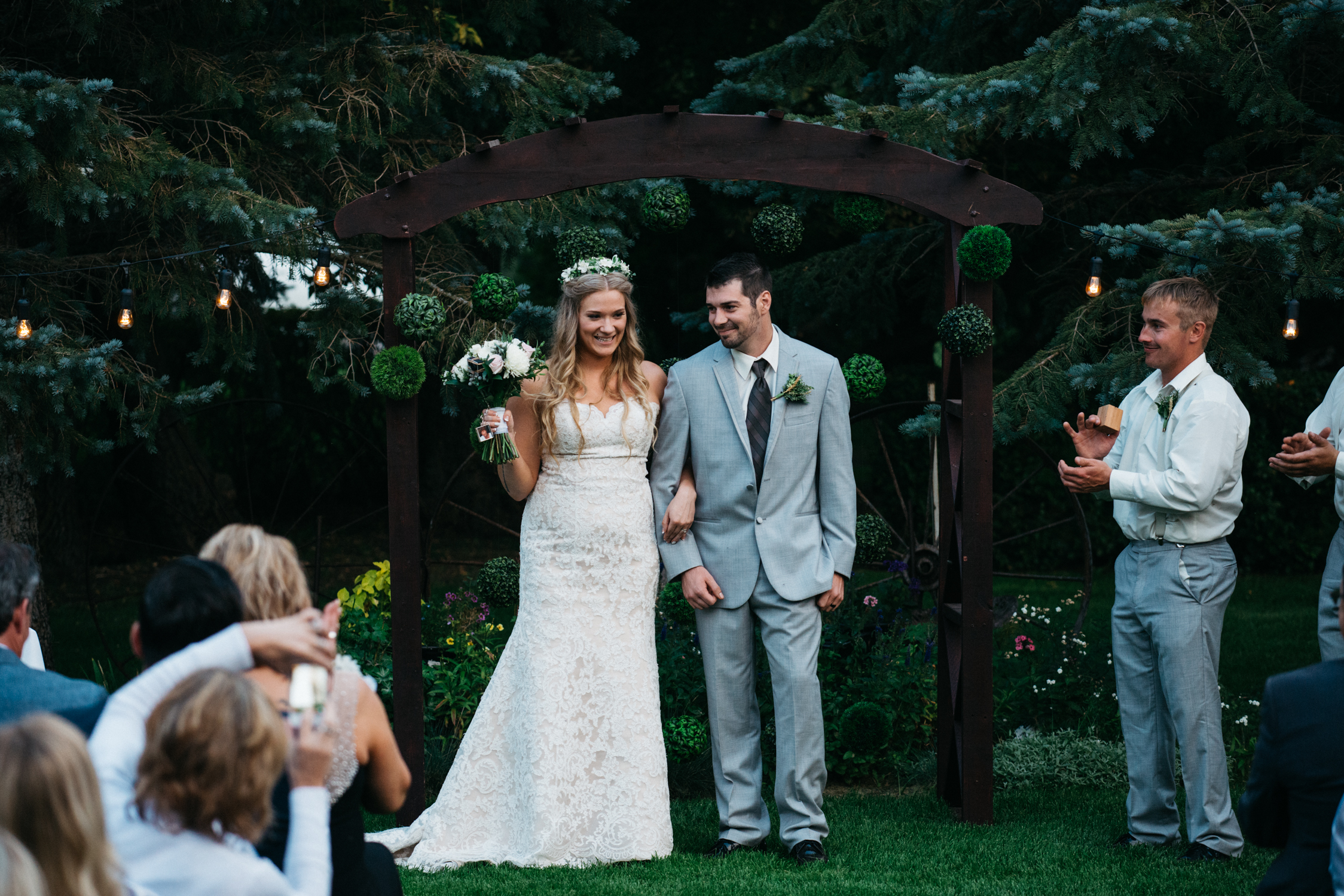 062_saskatoon_saskatchewan_small_town_wedding.jpg