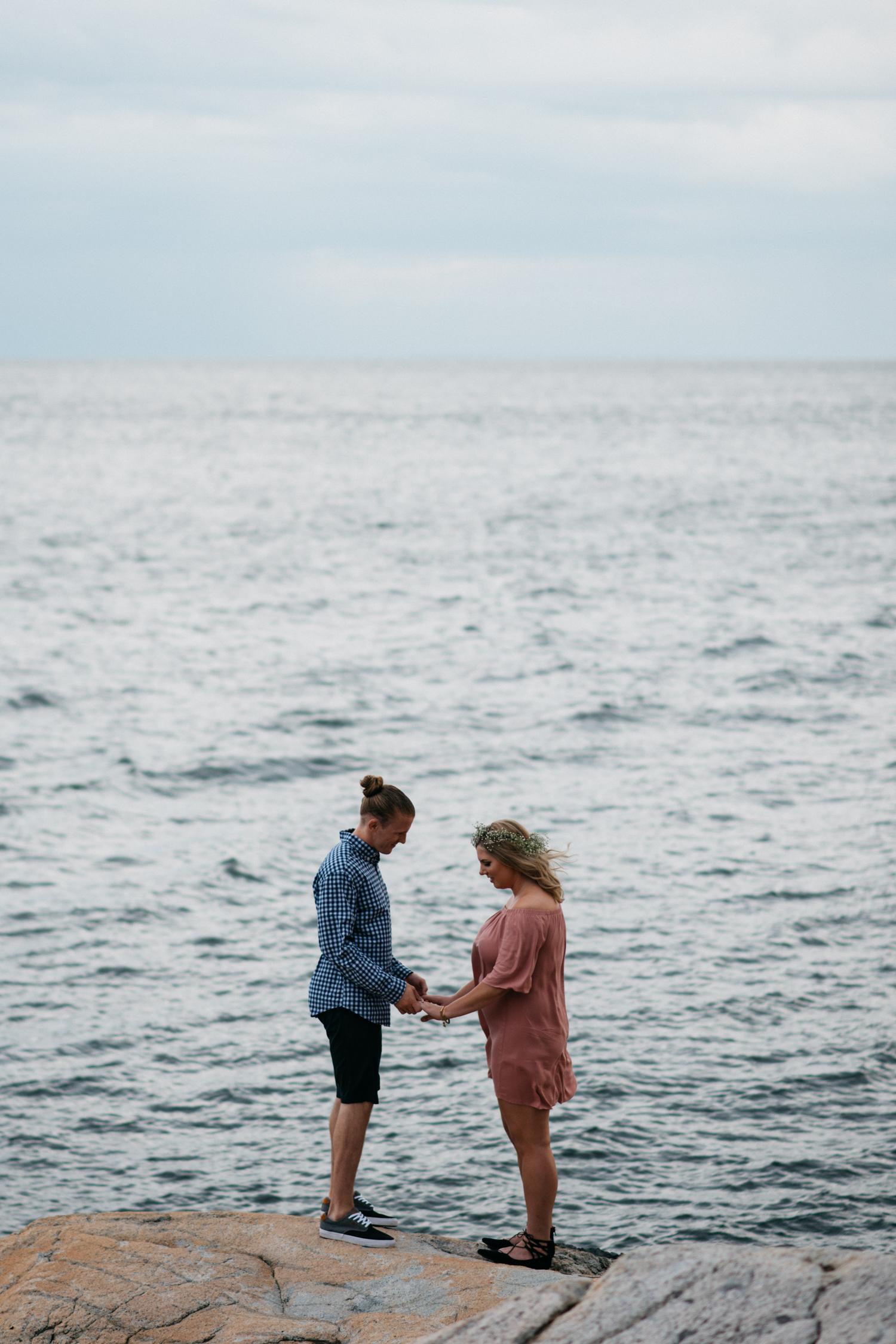 031_Lighthouse_Park_Engagement_Vancouver.jpg