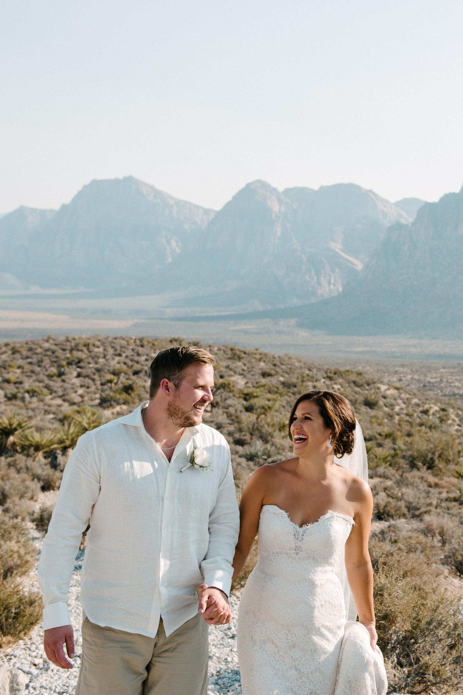 045_Redrock_canyon_vegas_wedding_photographer.jpg