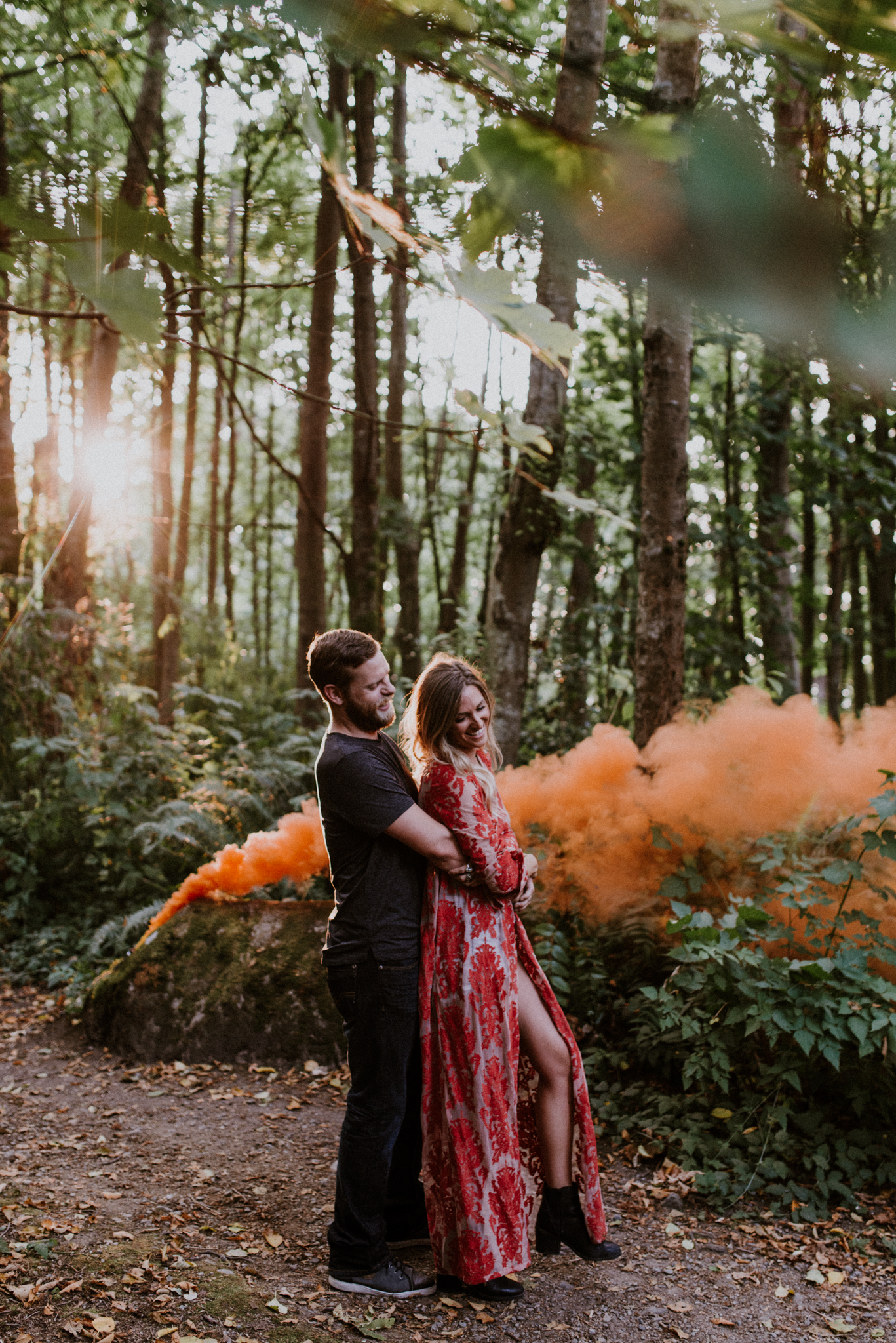 018_StacieCarrPhotography_vancouver-elopement-photographer-adventurous-engagement-smoke-bomb-beach.jpg