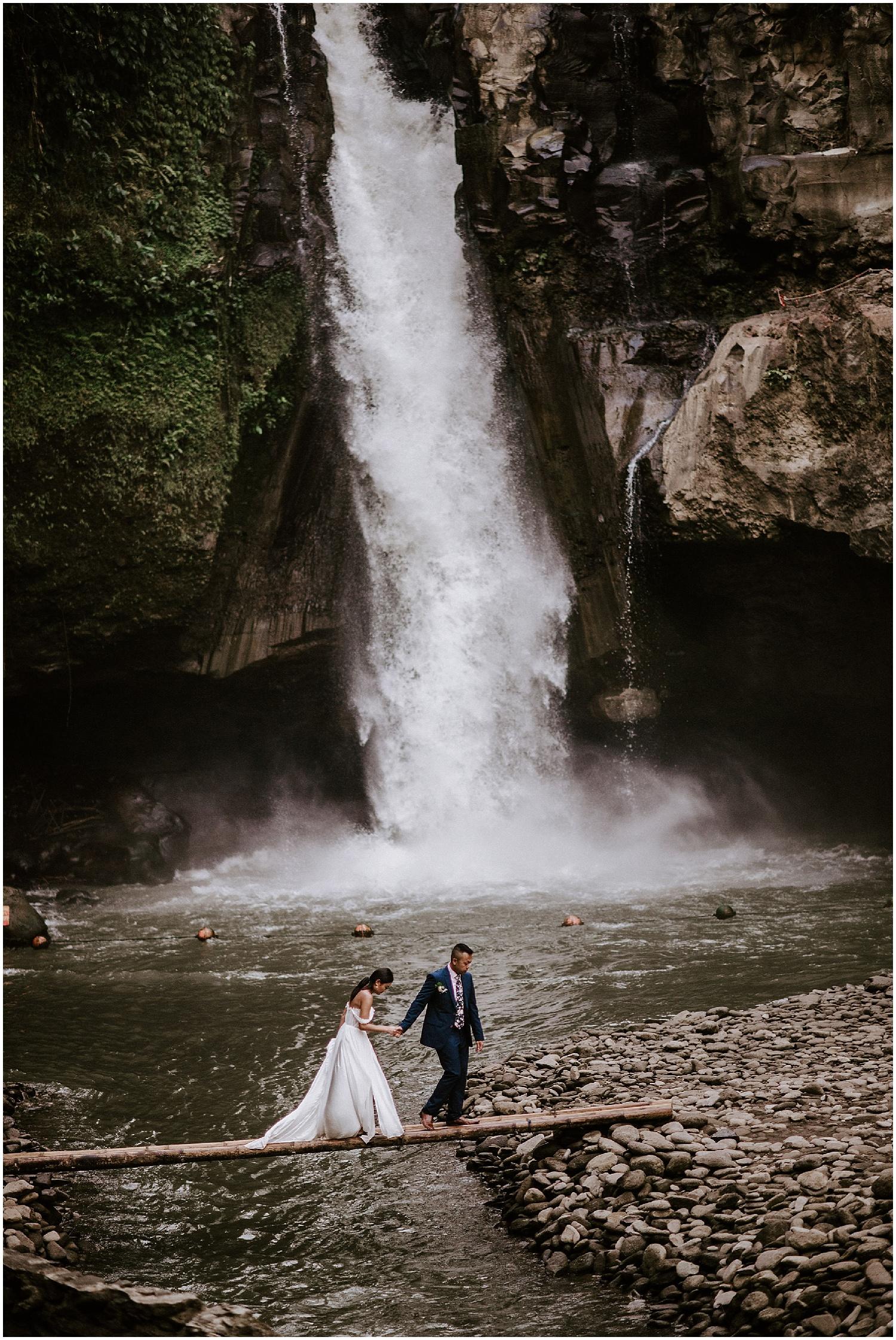 ubud bali tegenungan waterfall elopement photos
