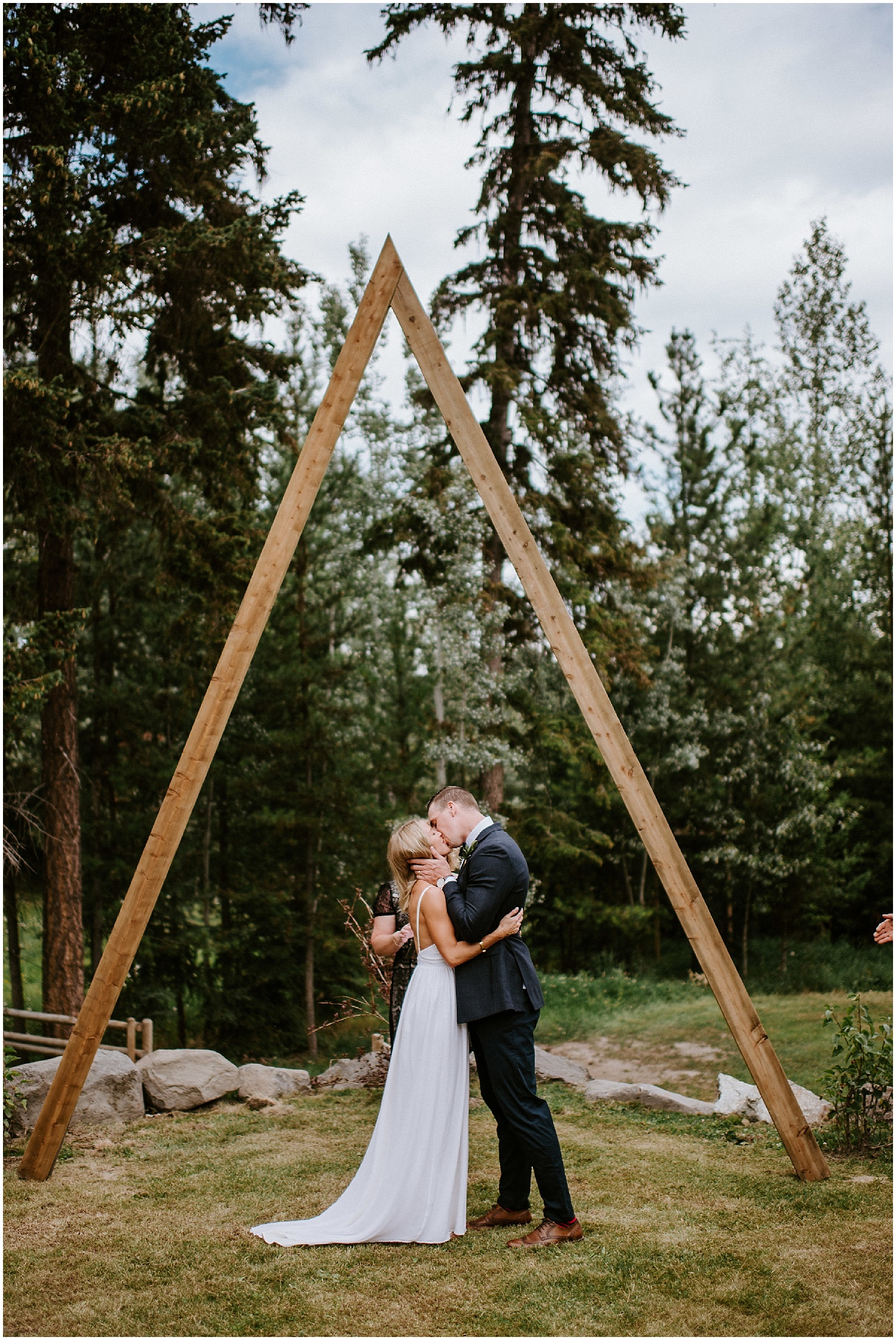Quesnel_wedding_vancouver_bc_elopement_Pinnacles_Provincial_Park_0189.jpg