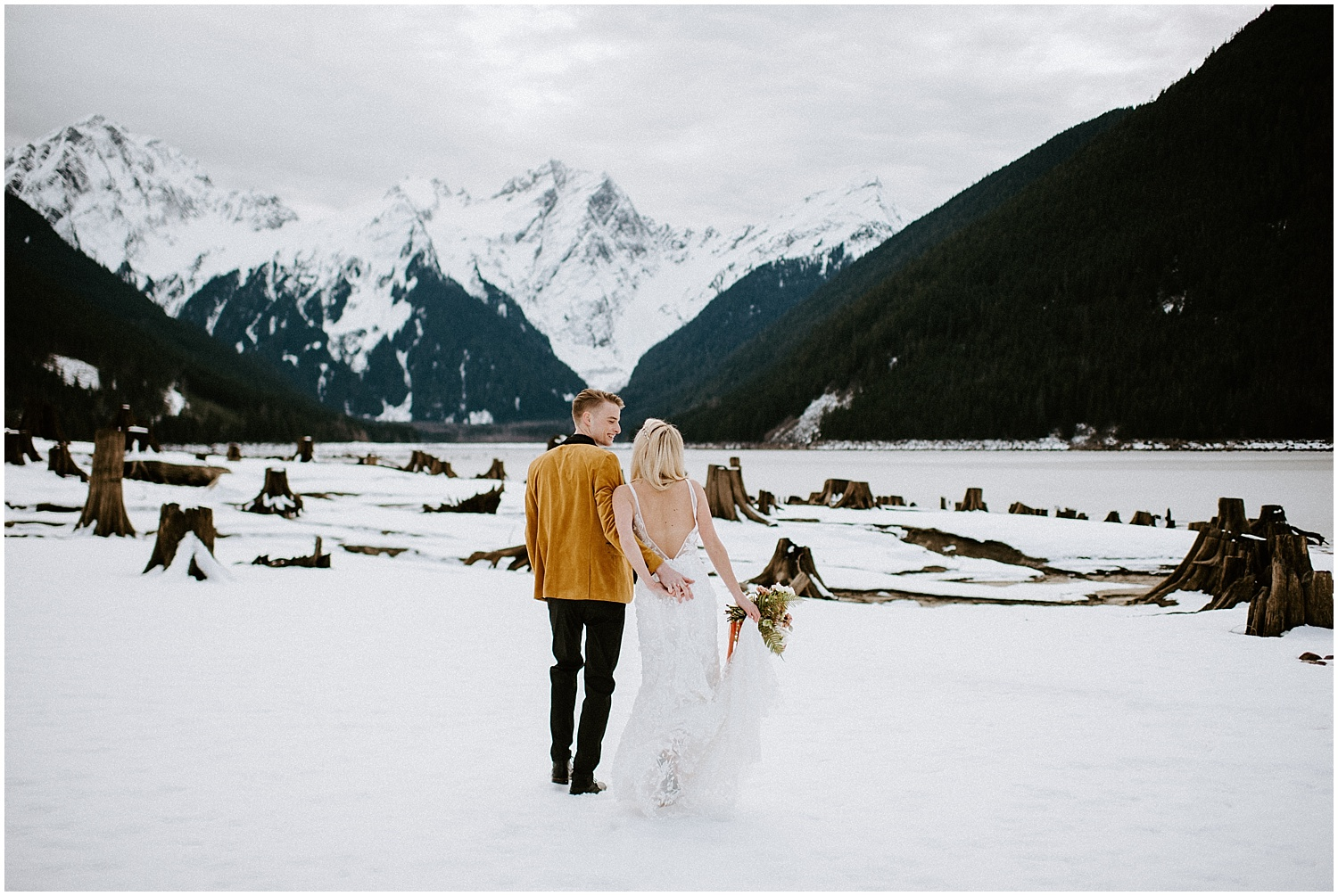 Jones_Lake_wedding_winter_elopement_vancouver_photographer_0249.jpg