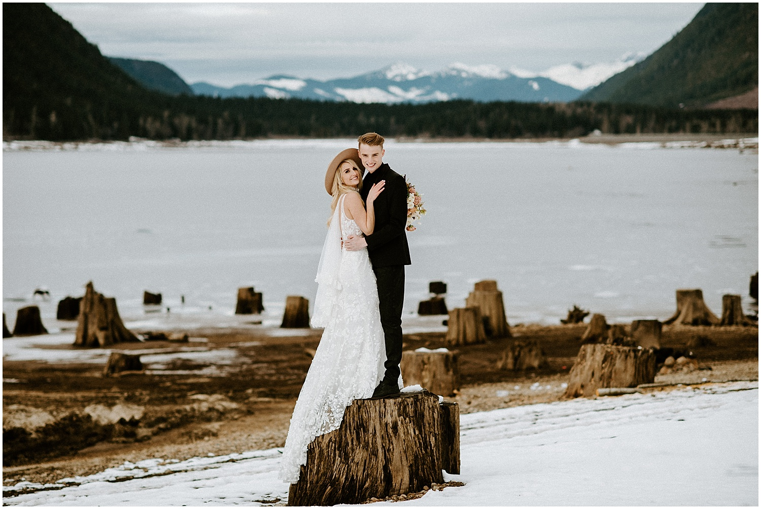 Jones_Lake_wedding_winter_elopement_vancouver_photographer_0256.jpg