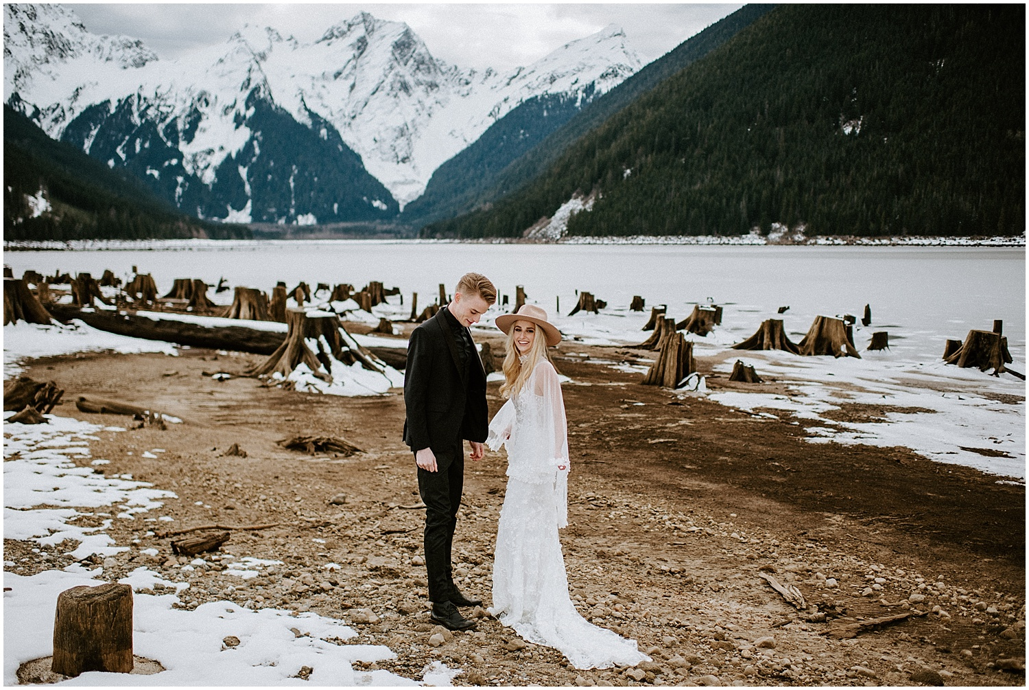 Jones_Lake_wedding_winter_elopement_vancouver_photographer_0264.jpg
