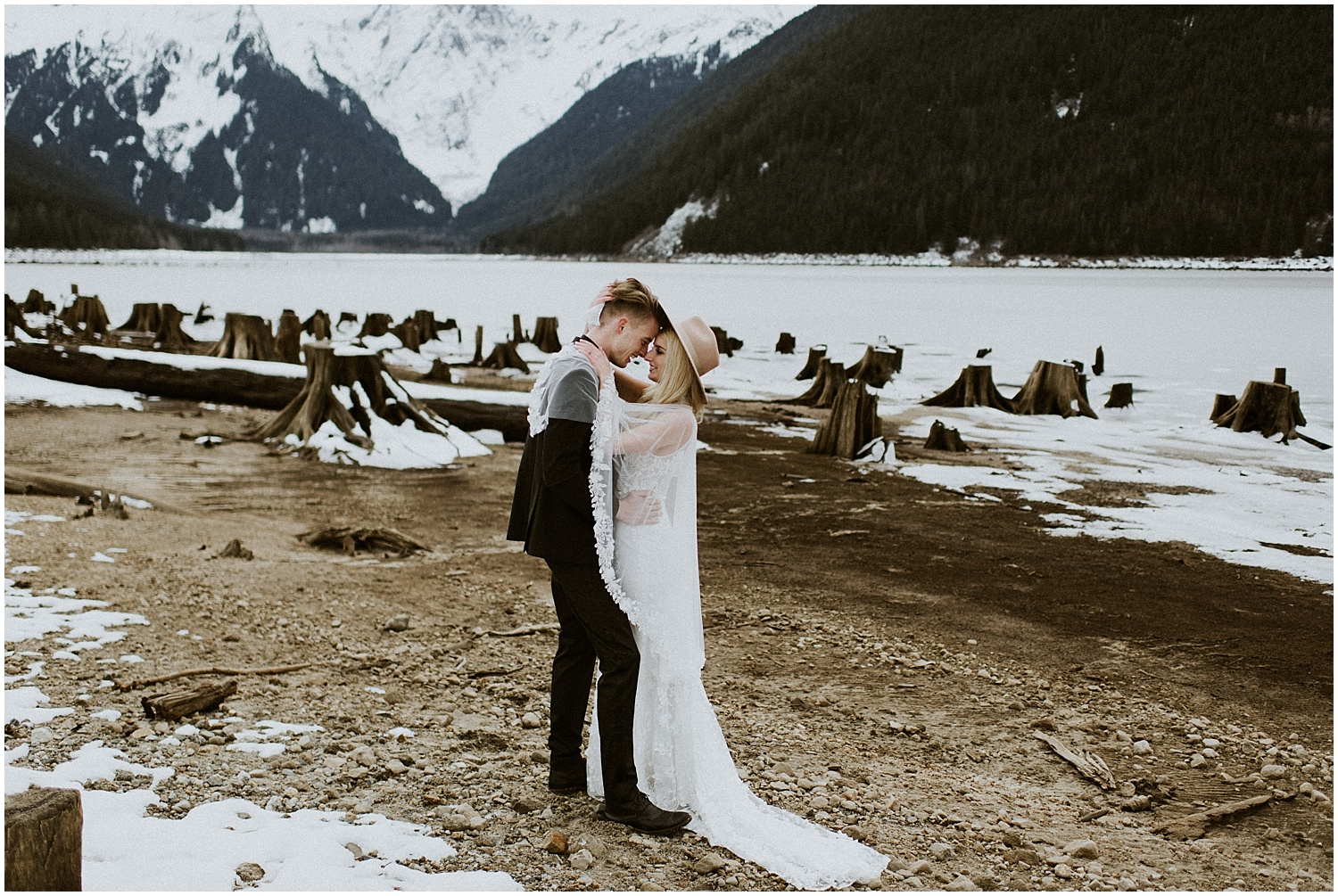 Jones_Lake_wedding_winter_elopement_vancouver_photographer_0266.jpg