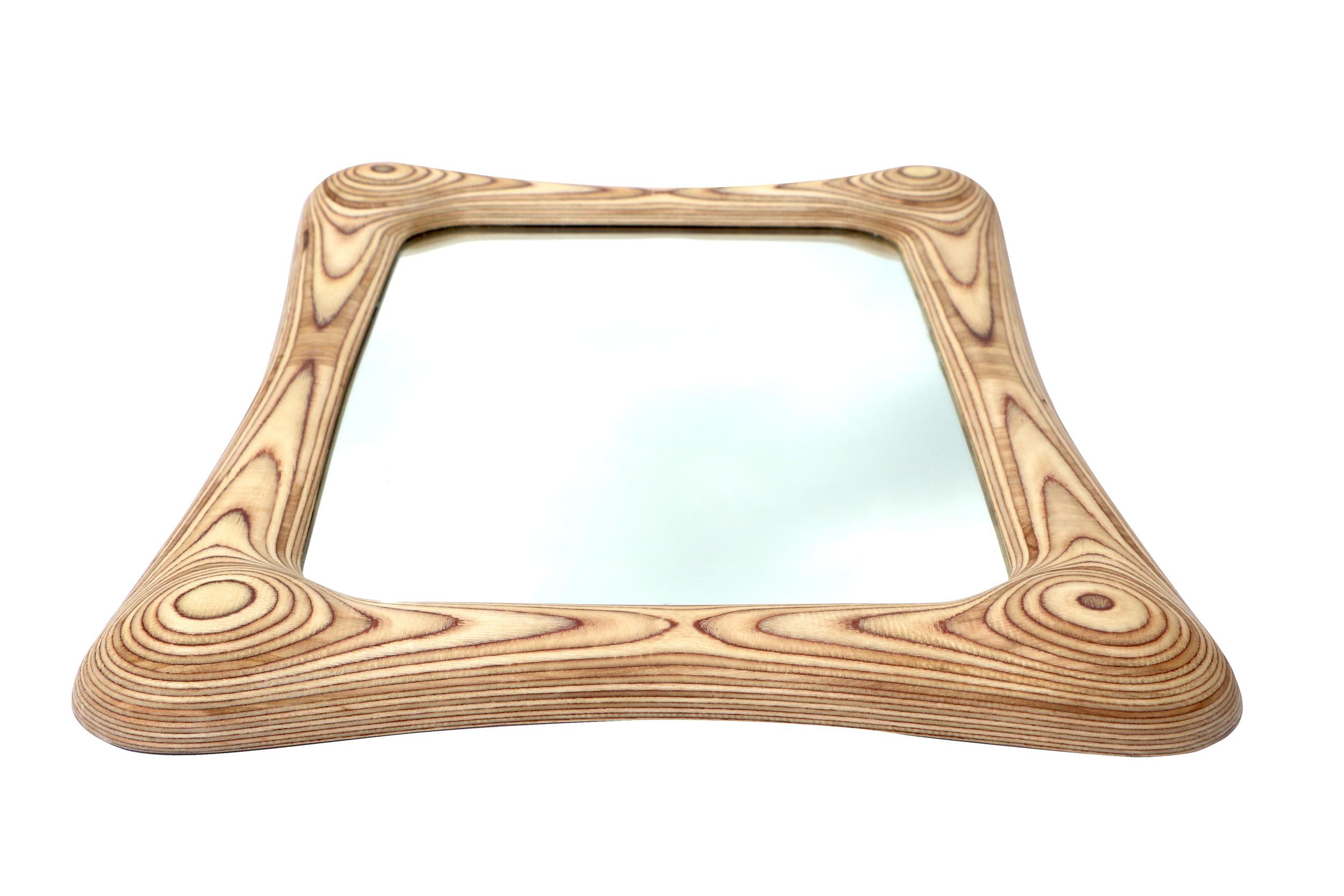 Statement mirror focal point