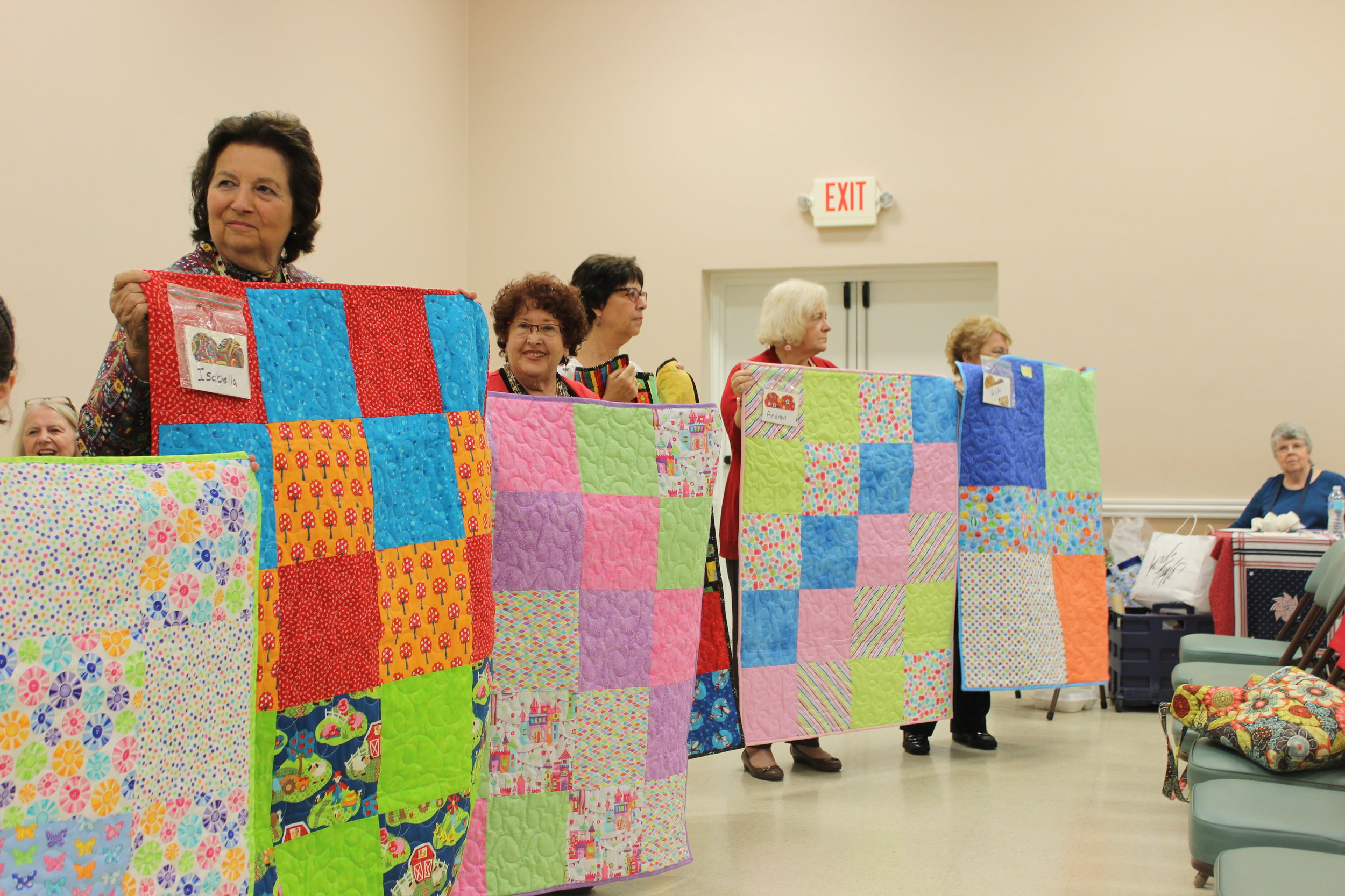 Patty Project Quilters December 2016 4.JPG