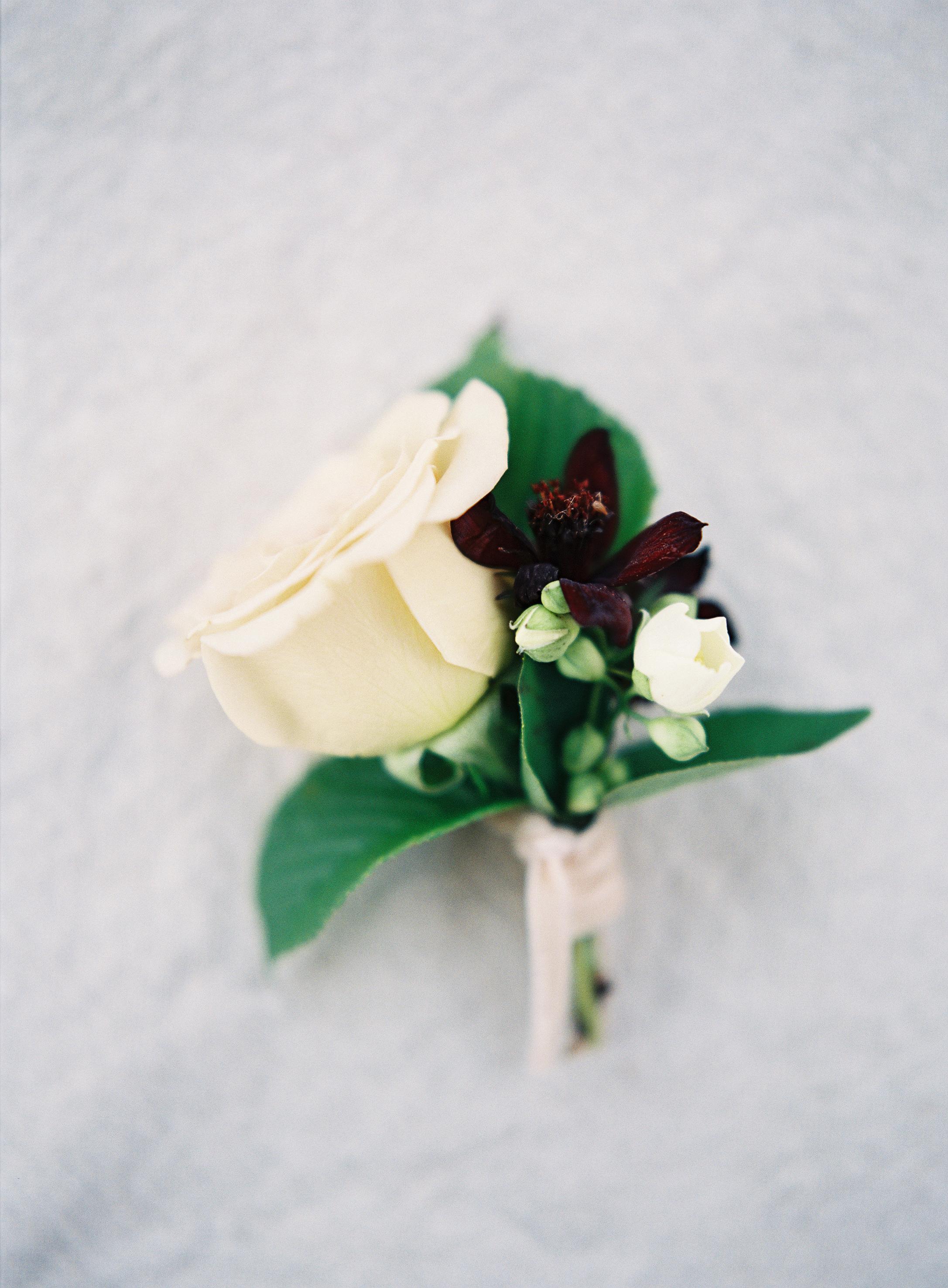 Natural Wedding Flower Ideas - Winnipeg Wedding Flowers