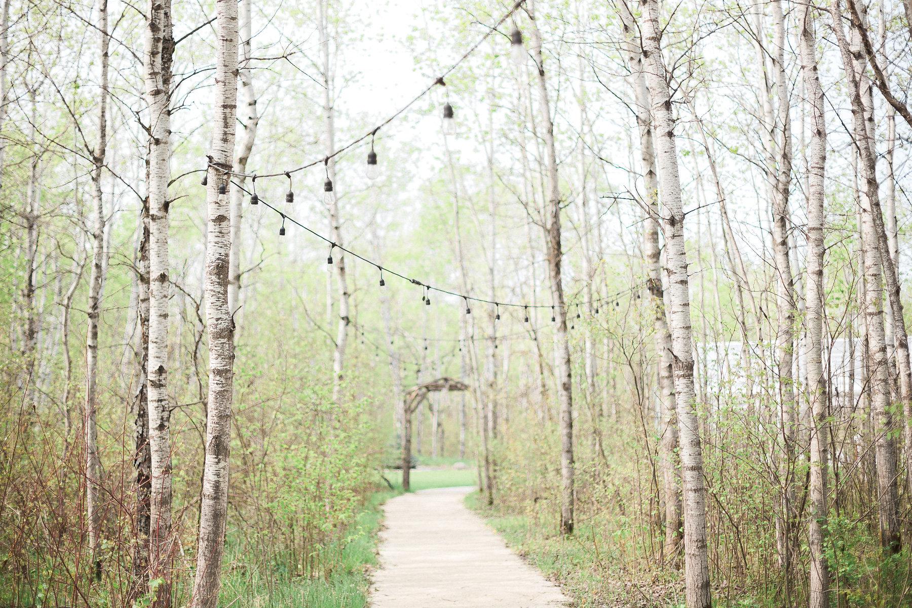 Cielo's Garden - Outdoor Weddings in Manitoba